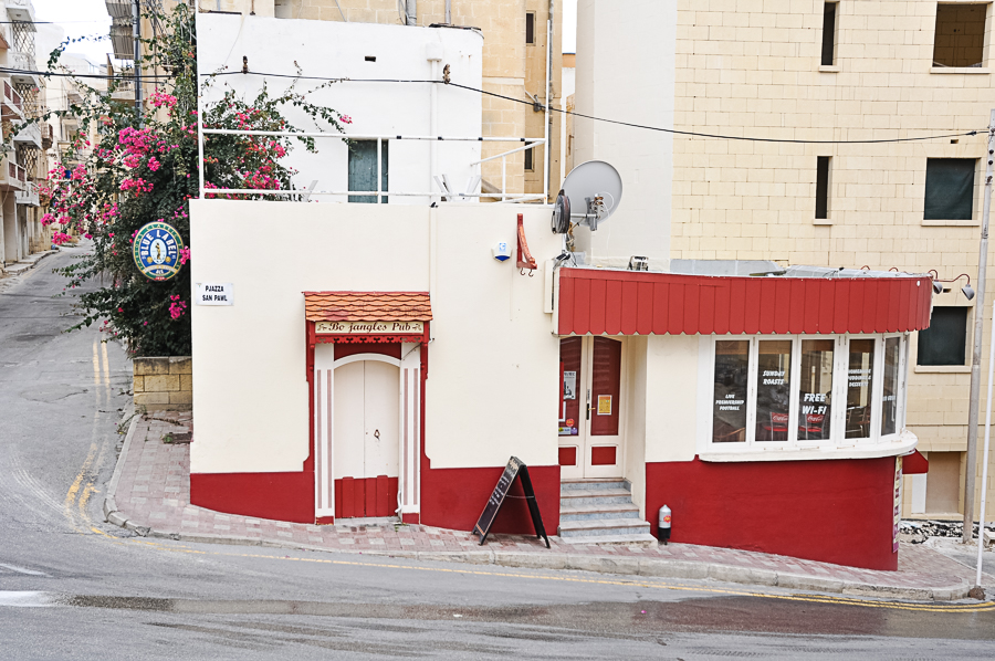 Bojangles Pub