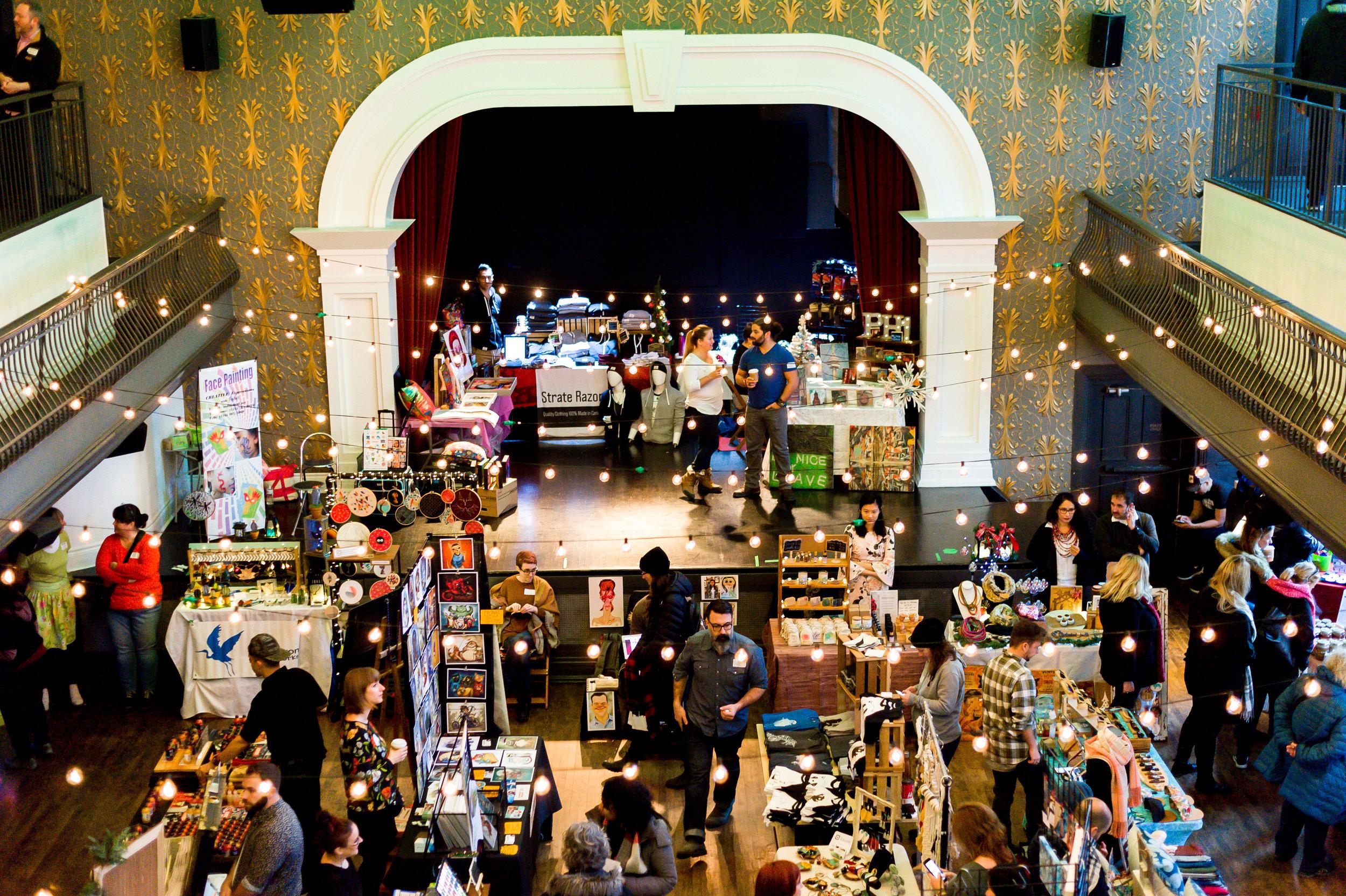 Toronto Art Crawl - Christmas Market-11.jpg