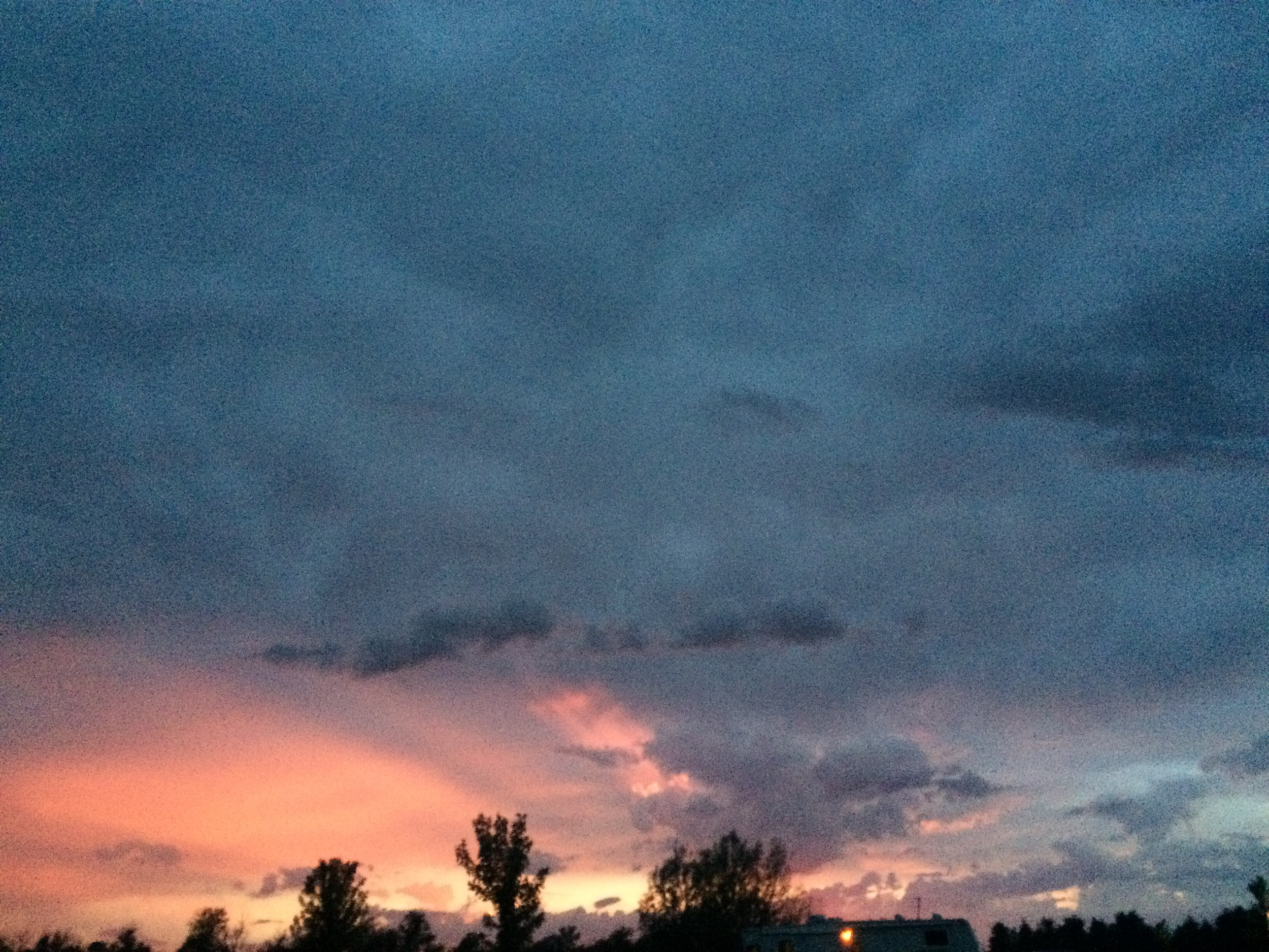 No filter on this insane thunder sunset
