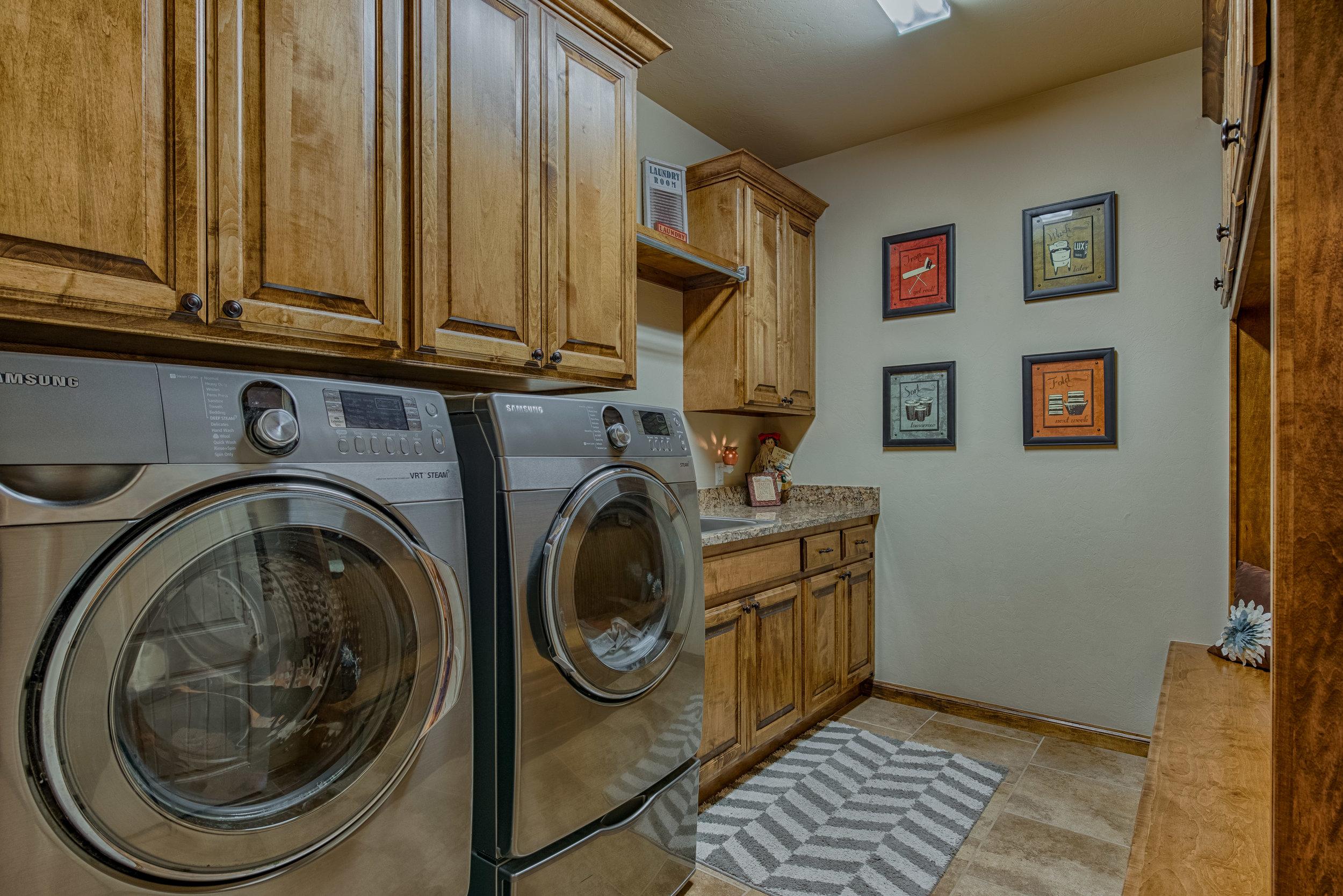 019-Laundry.jpg