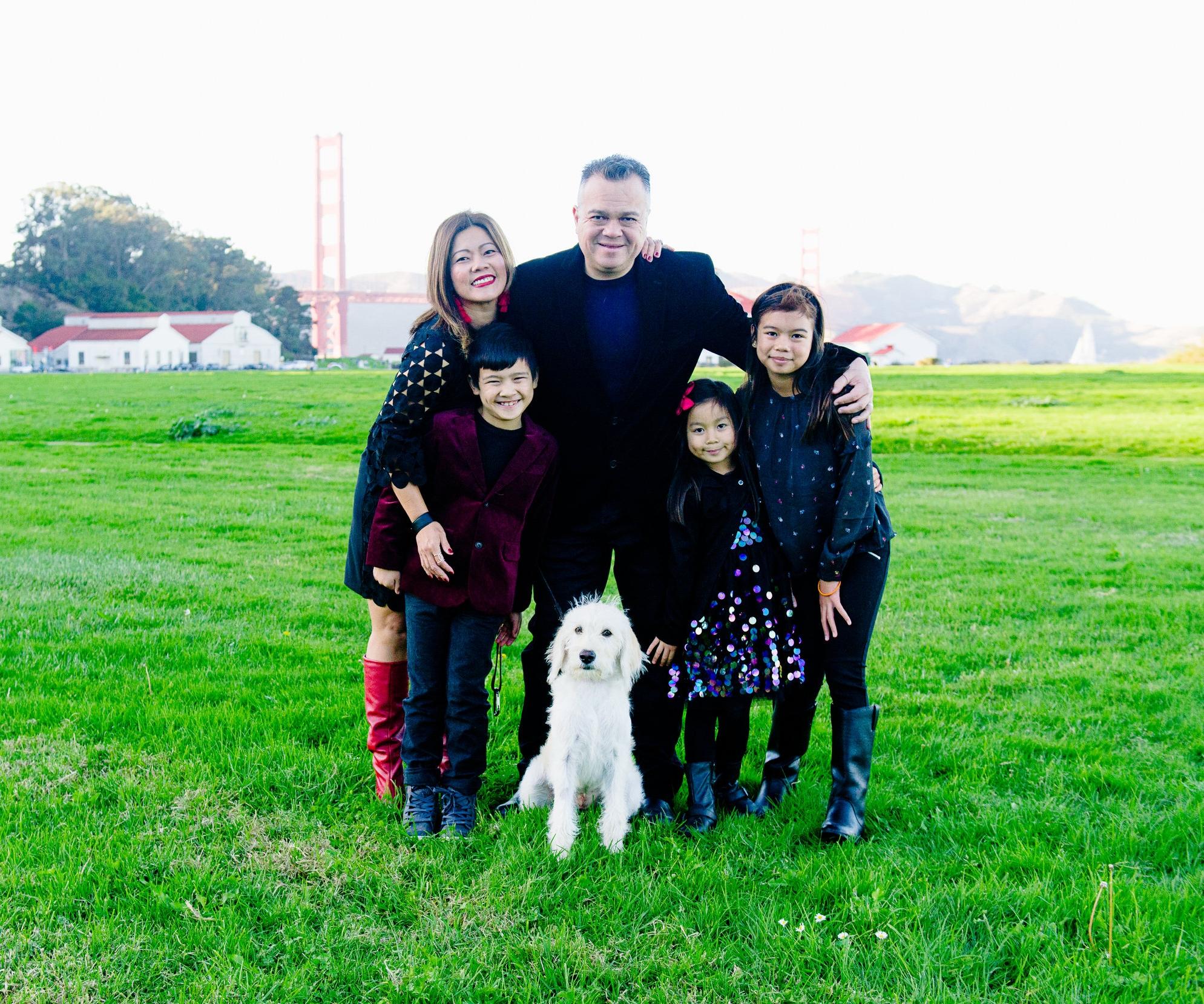 11.12.2017 Oro Family 0074-Edit02.jpg