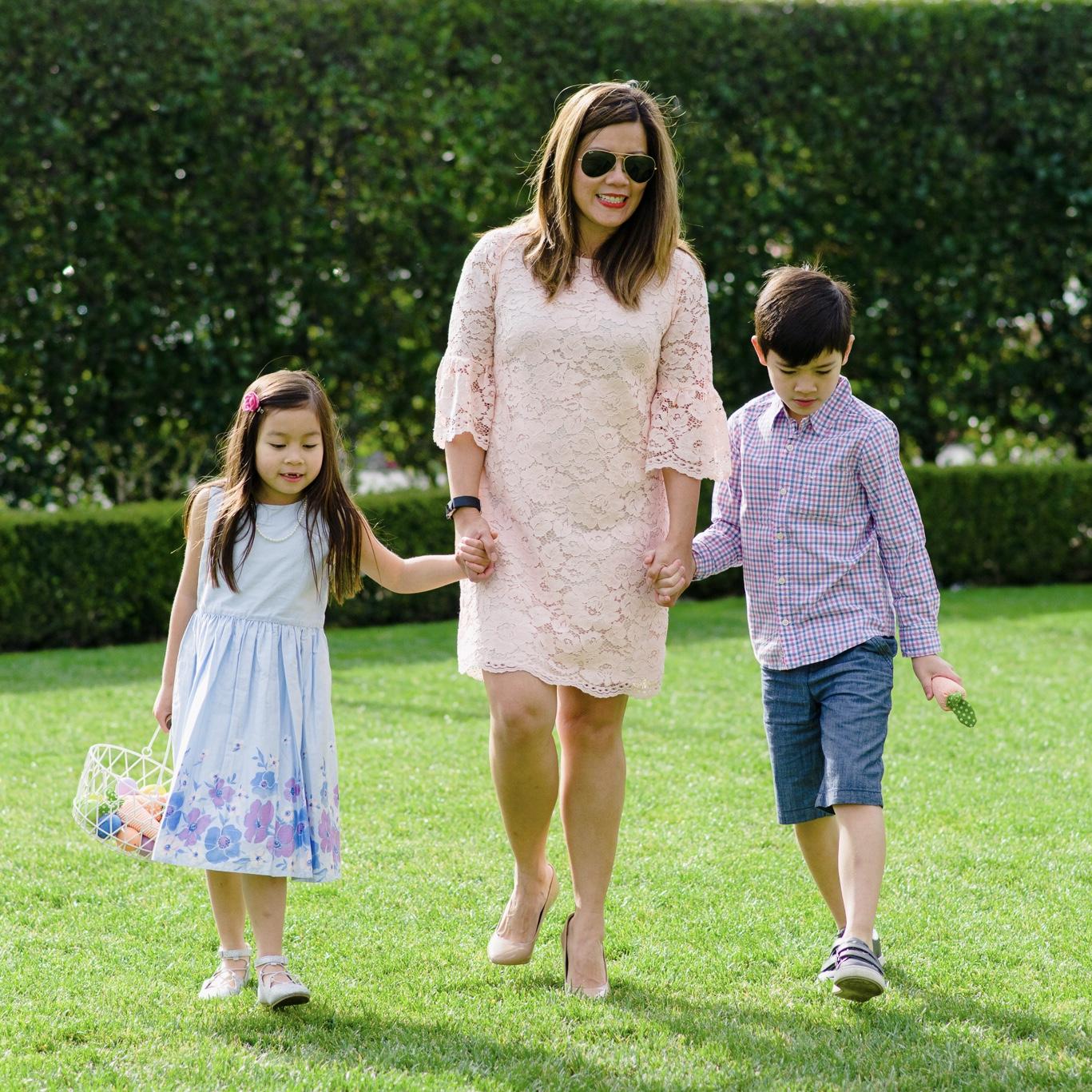 momlikethat - easter family egg hunt.jpg