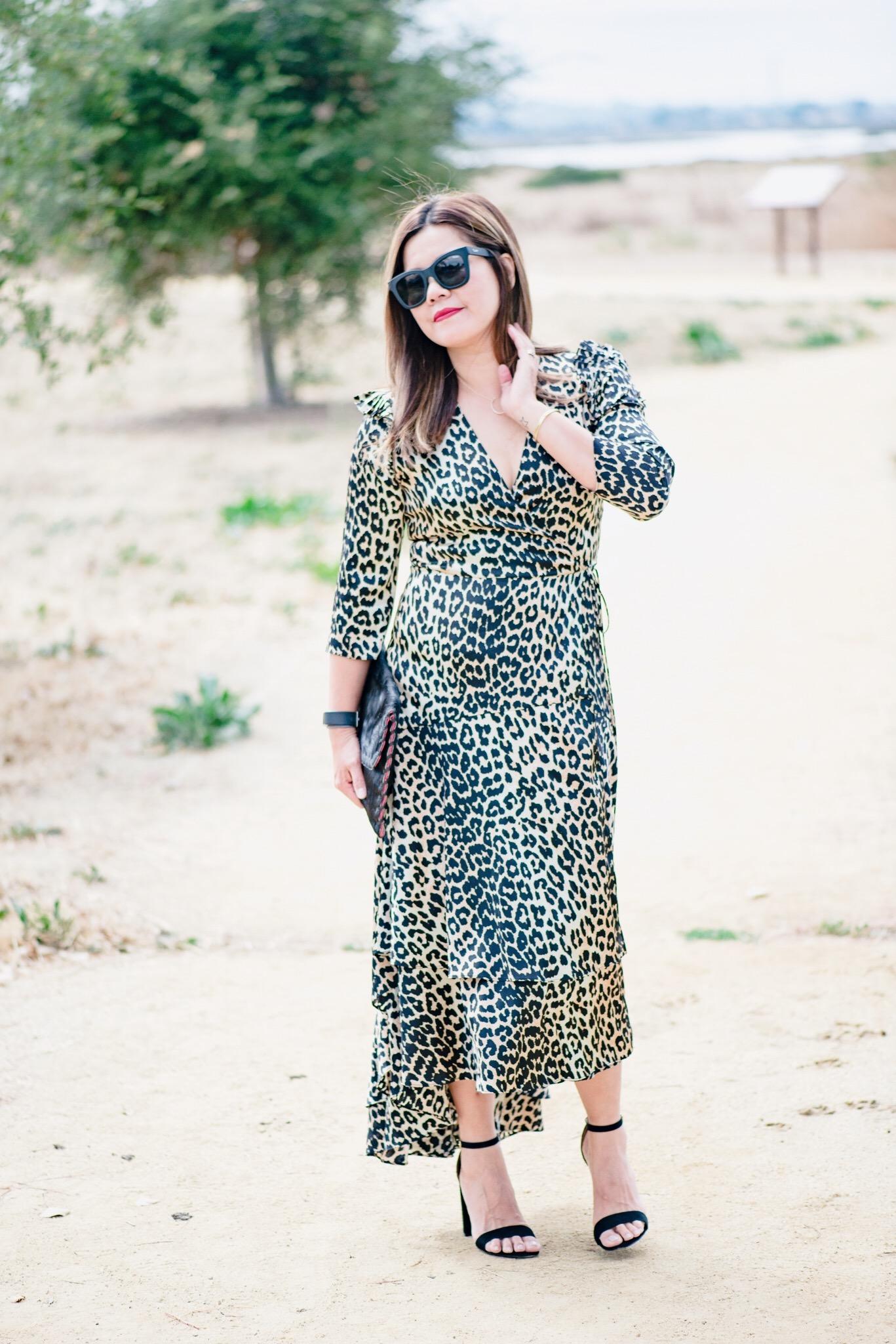 momlikethat ganni leopard dress03.JPG