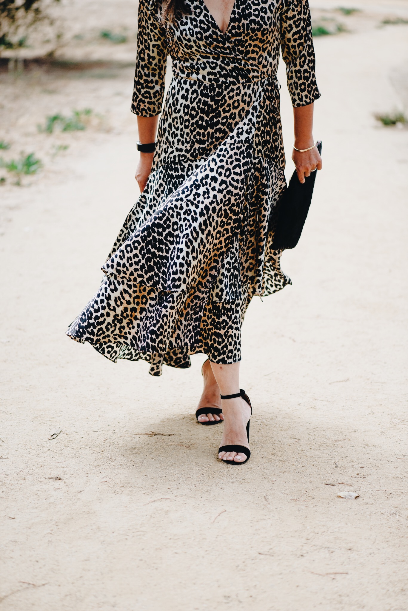 momlikethat ganni leopard dress02.JPG