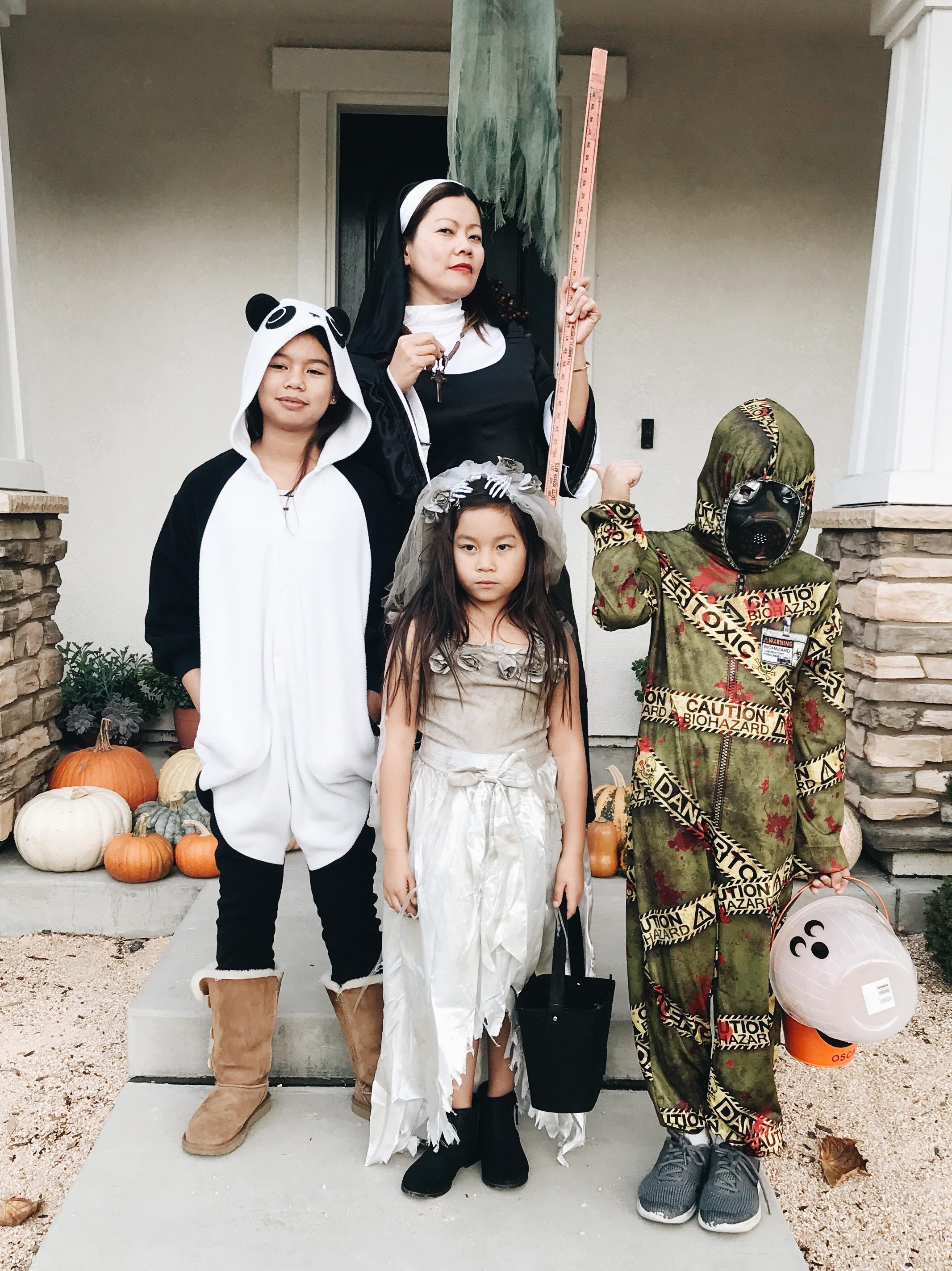 momlikethat halloween201802.JPG