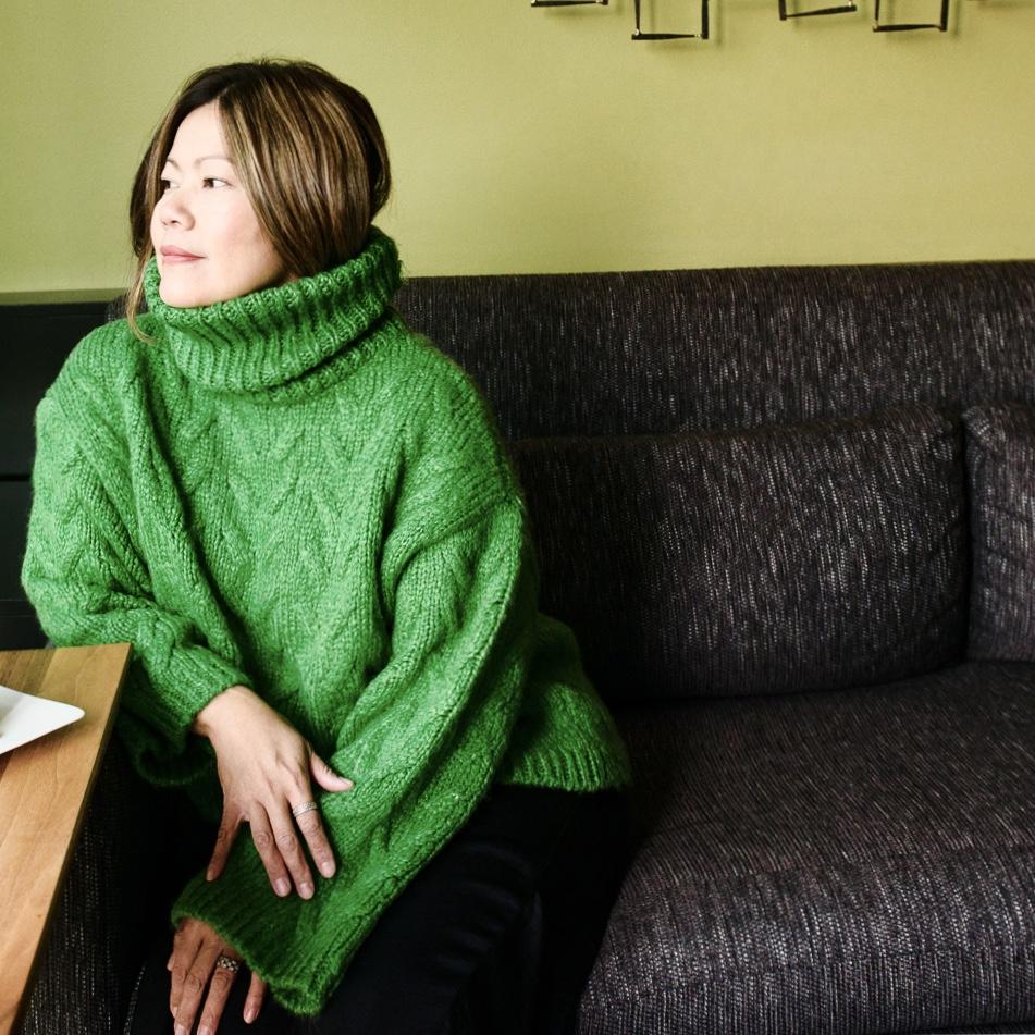 momlikethat mango chunkysweater01.jpg
