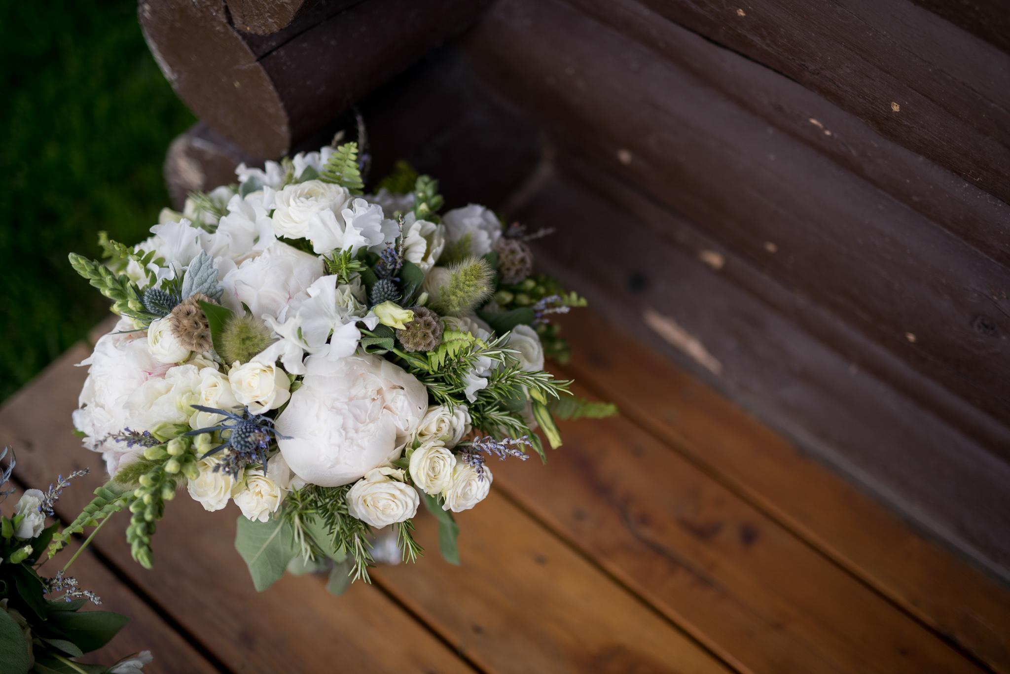TypeA_WyomingNationalParkWedding_Bouquet.jpg