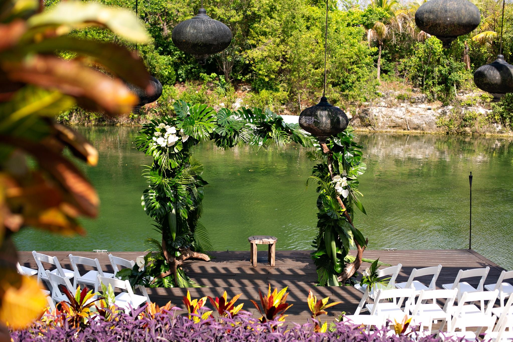 TypeA-Invitations_DesitinationWedding-Mexico_TropicalWeddingCanopy_0276.jpg
