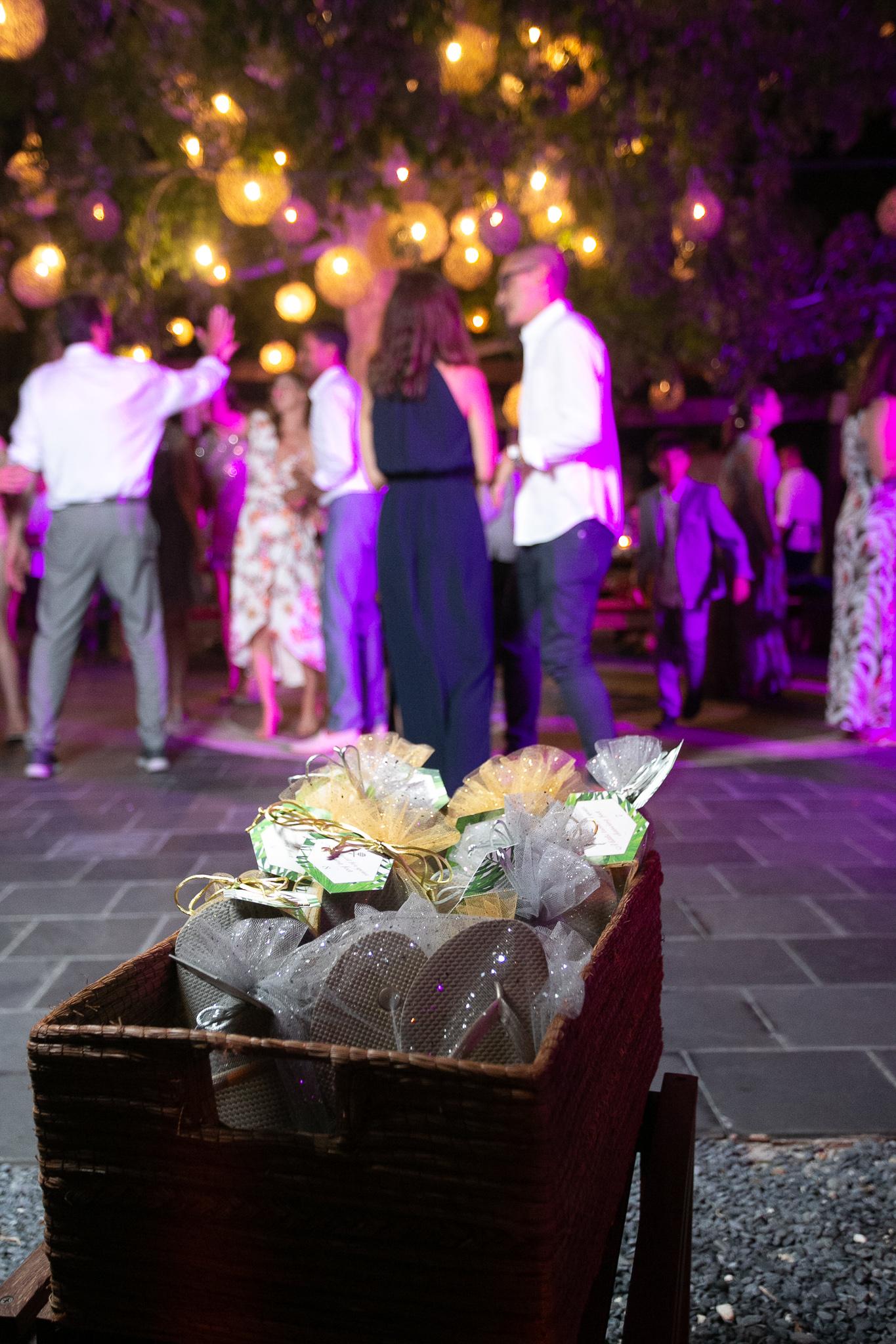 TypeA-Invitations_DesitinationWedding-Mexico_FlipFlops_Party_1098.jpg