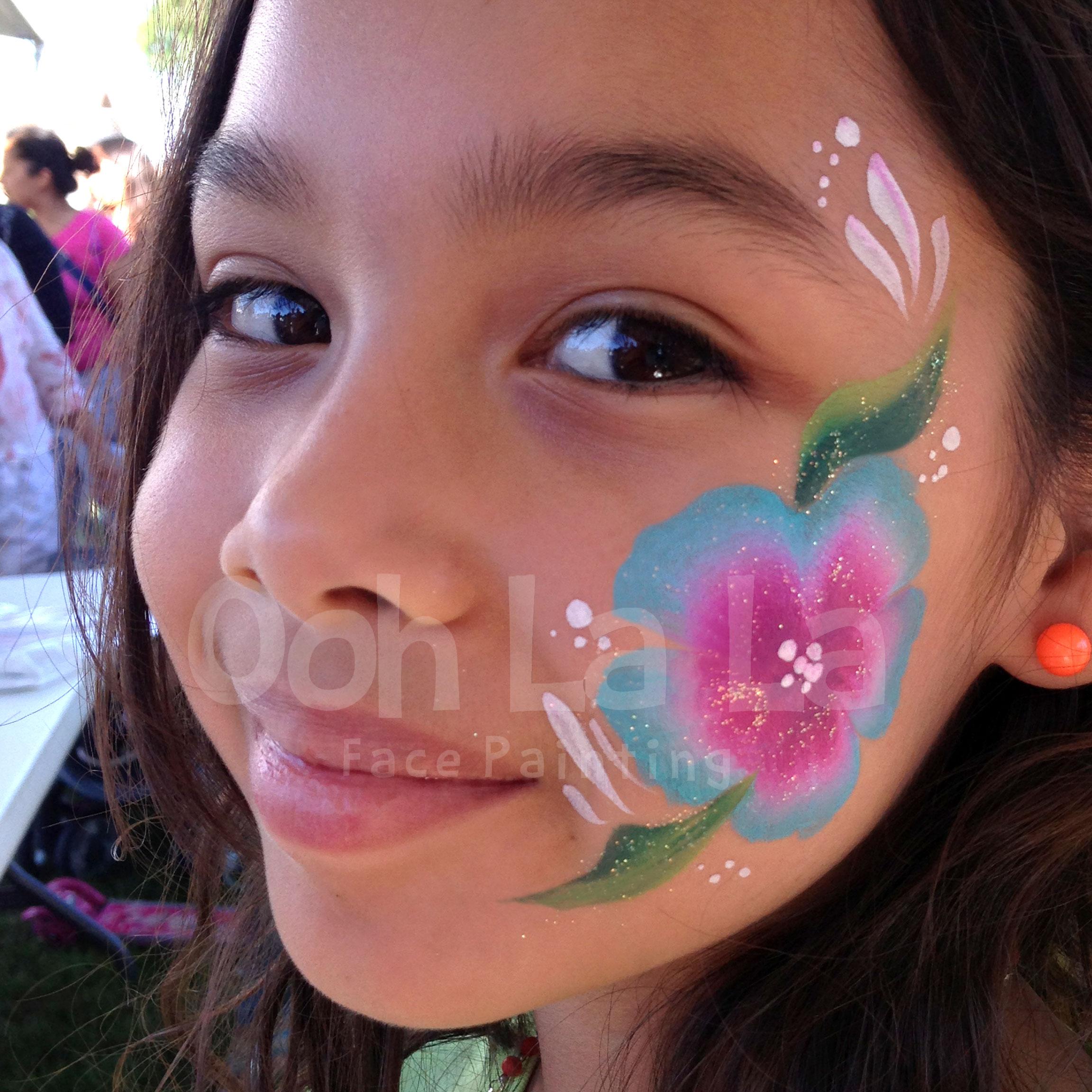 Ooh-LaLa-face-painting-flower.jpg