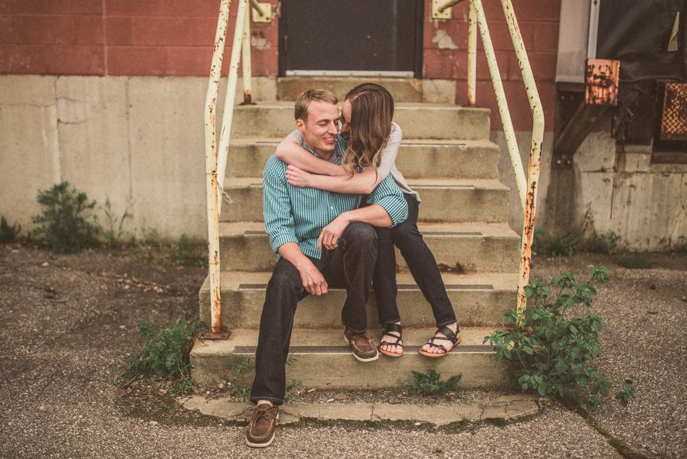 kaitlyn-logan-chicago-grand-rapids-engagement-photography-39.jpg