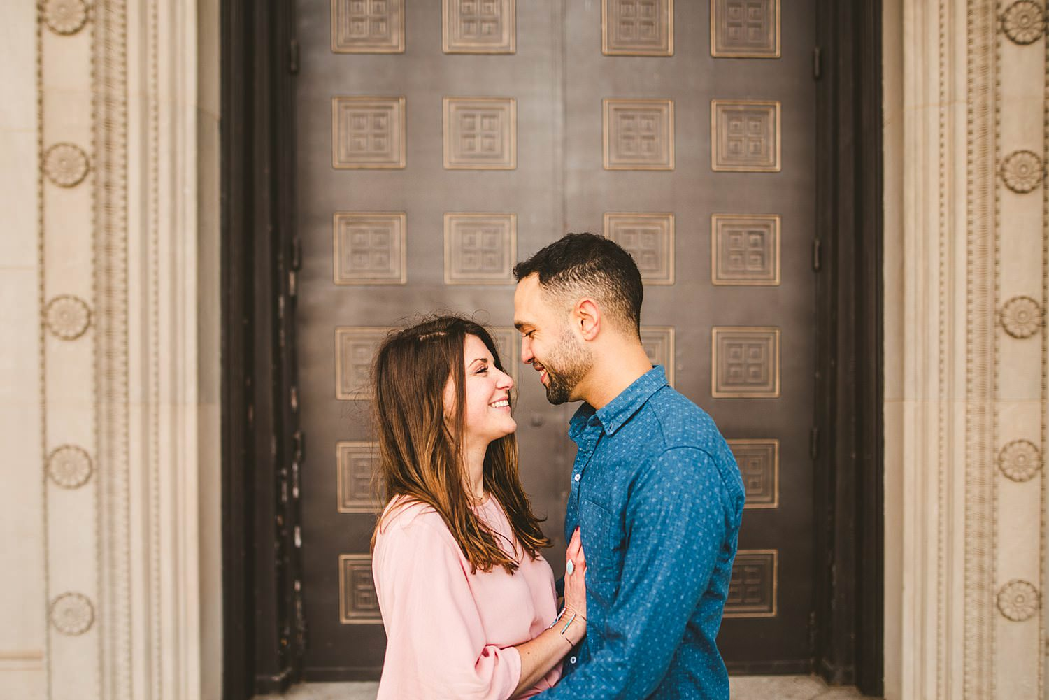Downtown Chicago Engagement Photos - Museum of Science and Industry Session - Elizabeth and Dan -05.jpg