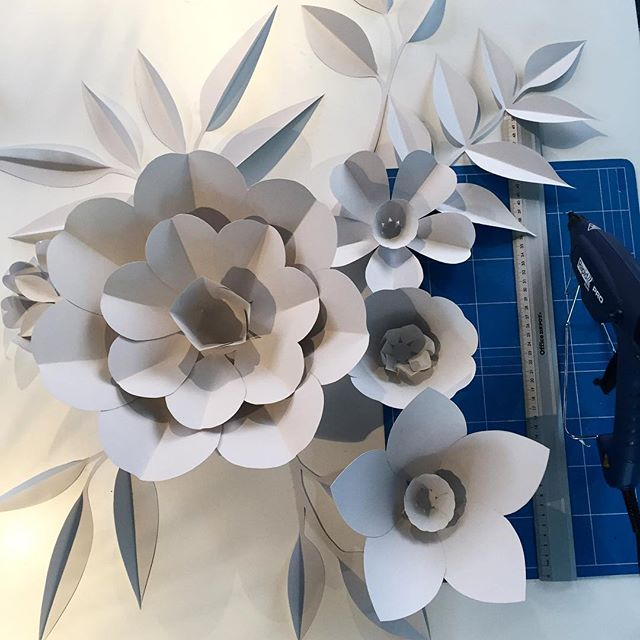 Doing some paperart for #comhem #pridemonth2018 #cocoform #cocoformstudio