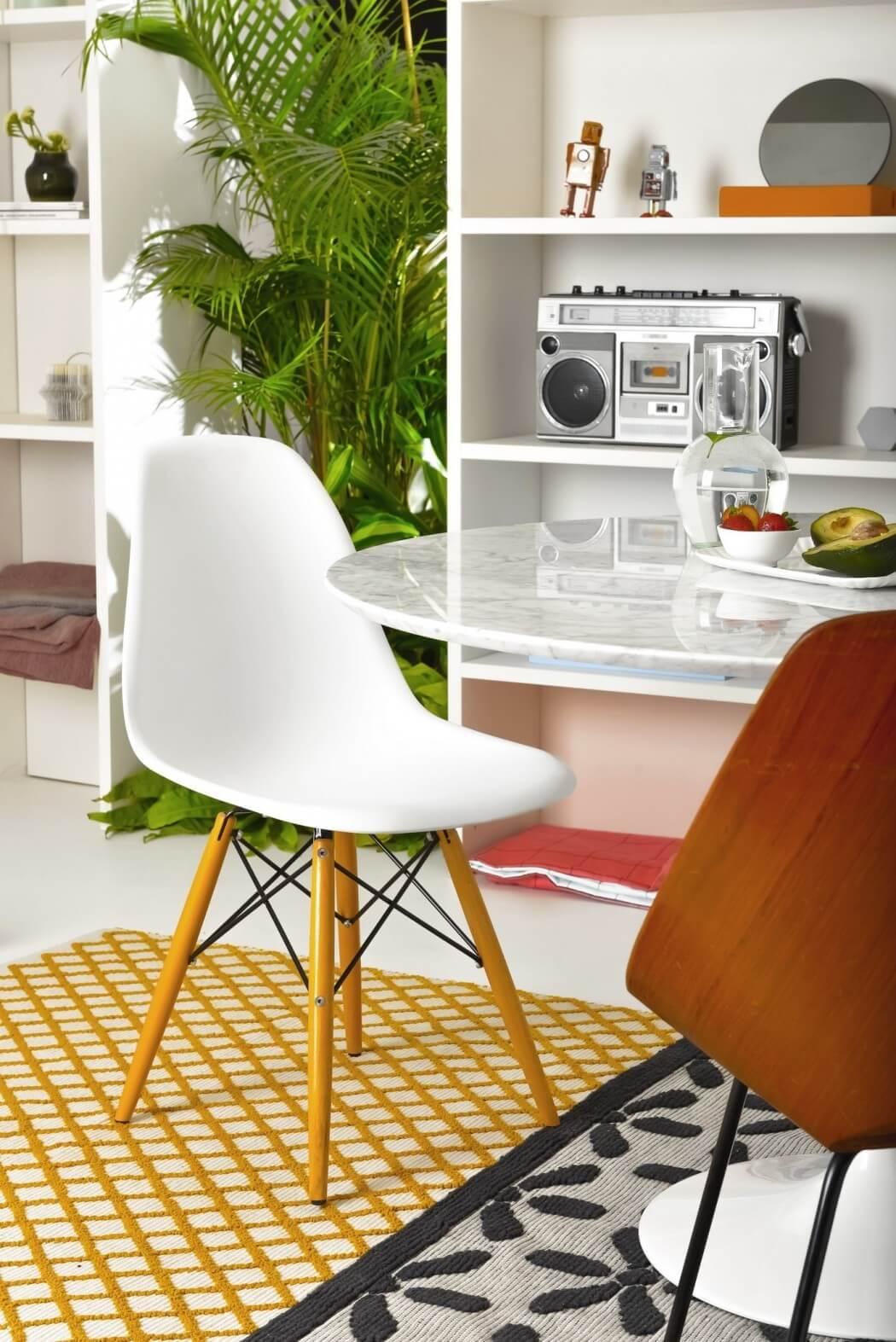 Living Room - Freshome.jpg