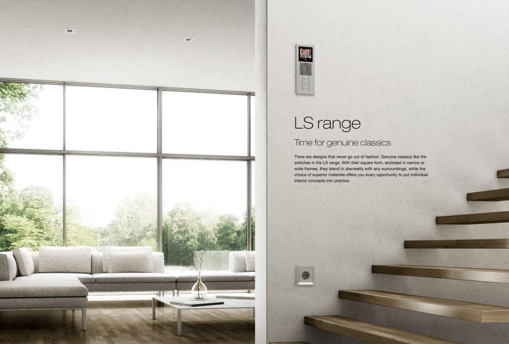 Living Room - Jung 01.JPG