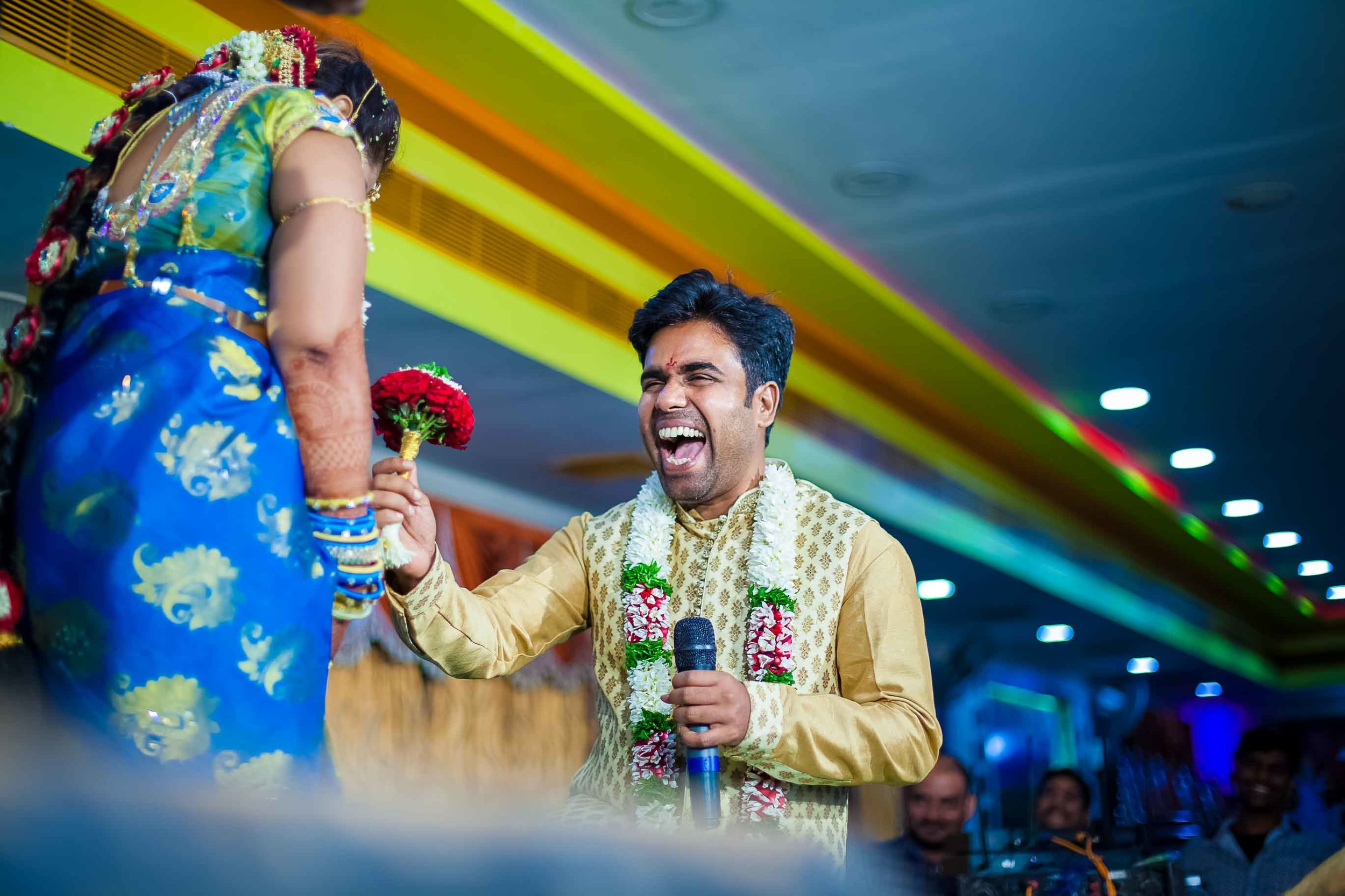 Pixel-Chronicles-Alekhya-Chaitanya-Nellore-Candid-Wedding-Bride-Groom-Dance-10.jpg