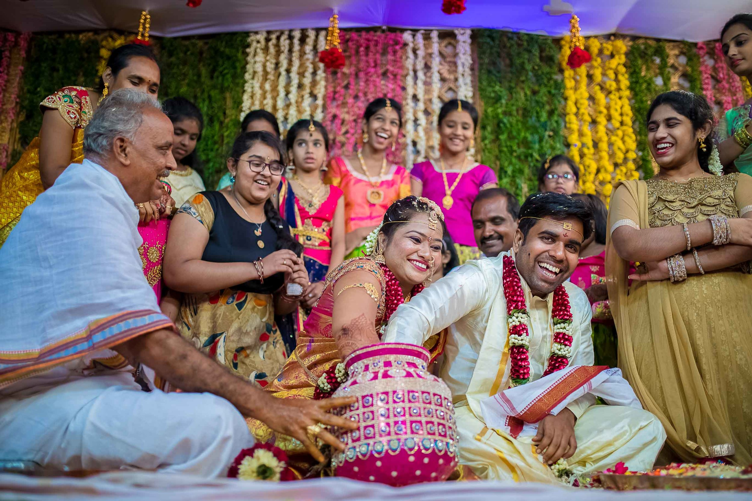 Pixel-Chronicles-Alekhya-Chaitanya-Nellore-Candid-Wedding-Ring-Finding-Ceremony-26.jpg