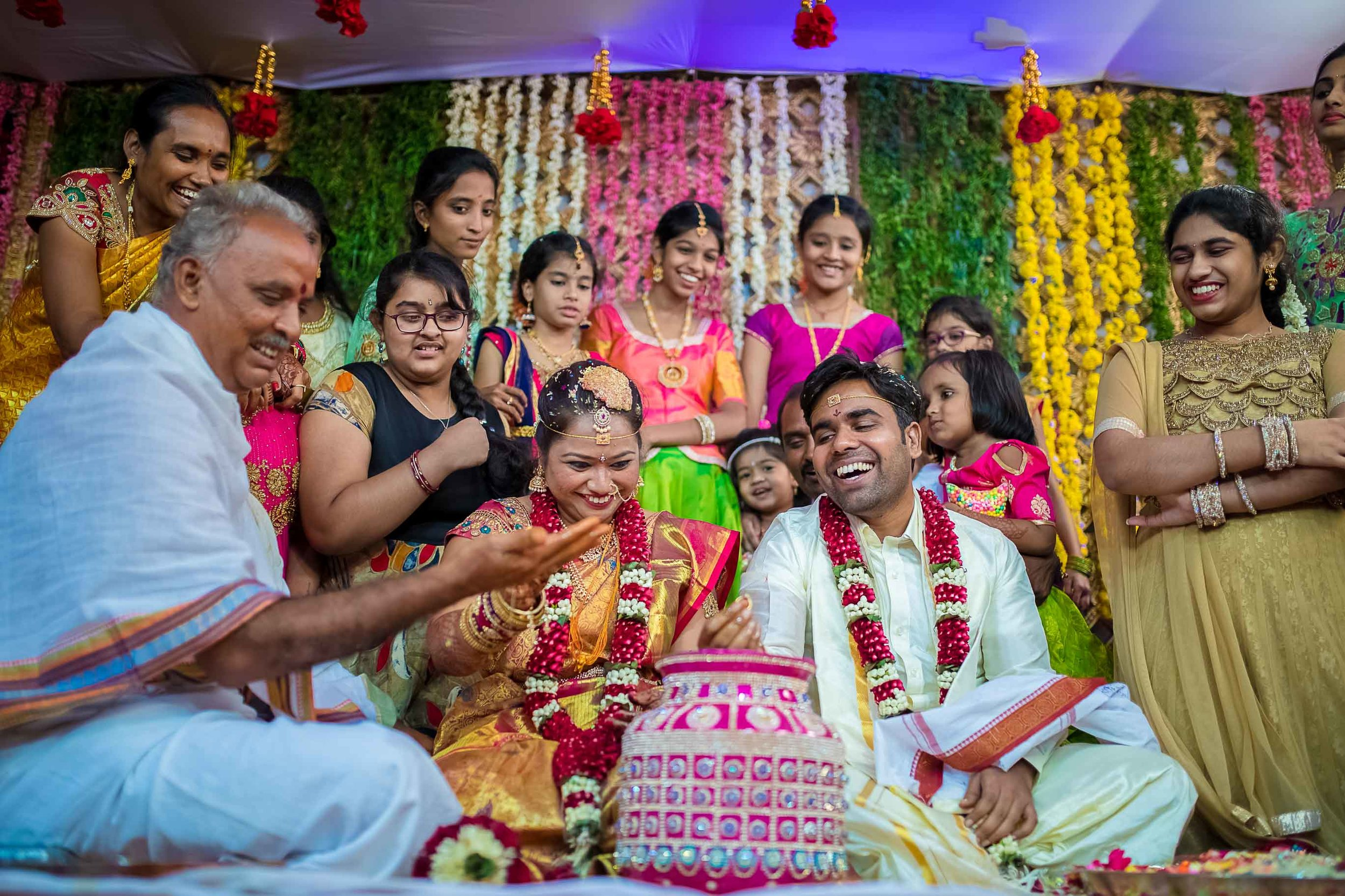 Pixel-Chronicles-Alekhya-Chaitanya-Nellore-Candid-Wedding-Ring-Finding-Ceremony-27.jpg