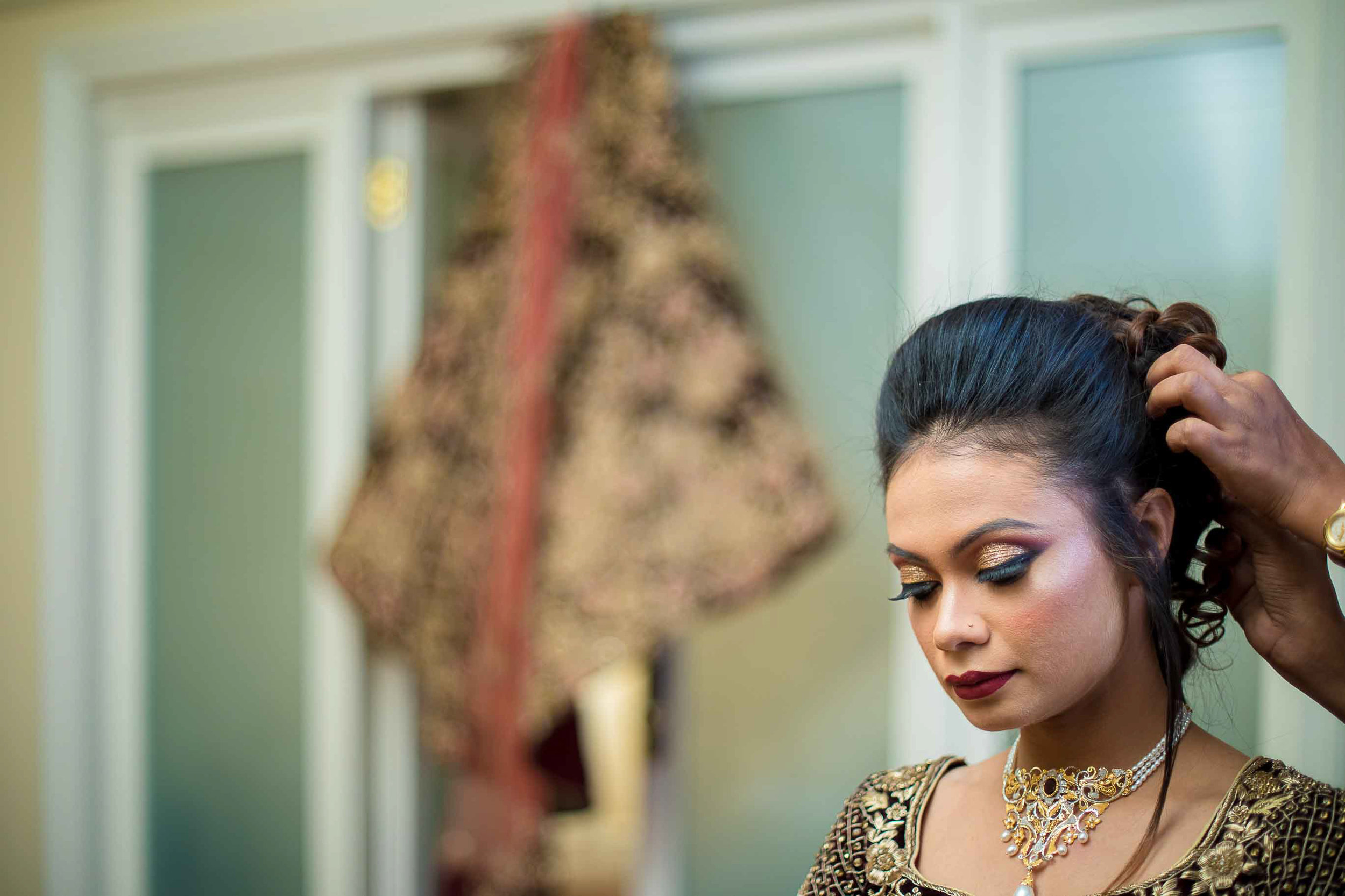 Pixel-Chronicles-Meraj-Yousuf-Candid-Wedding-Documentary-Photography-Beautiful-Bride-Best-Portrait-Muslim-Wedding-Getting_ready-Lehanga-Shot-Lela-Palace-64.jpg