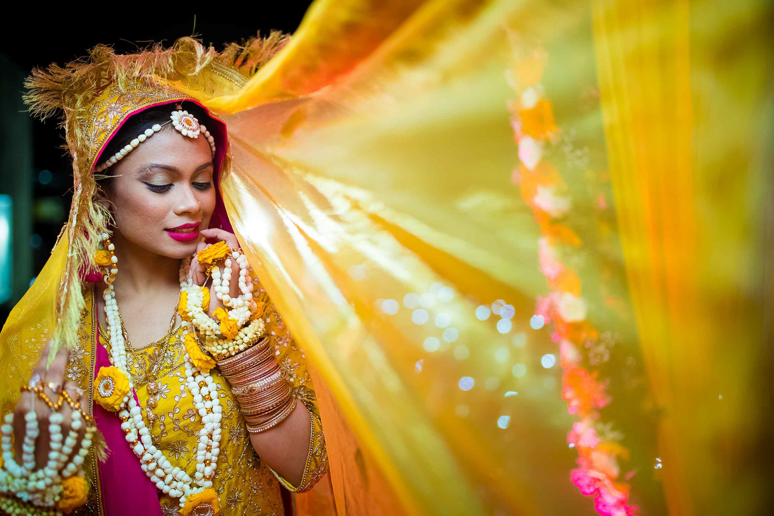 Pixel-Chronicles-Meraj-Yousuf-Candid-Wedding-Documentary-Photography-Haldi-Ceremony-Beautiful-Bride-Portrait-Muslim-Wedding-10.jpg