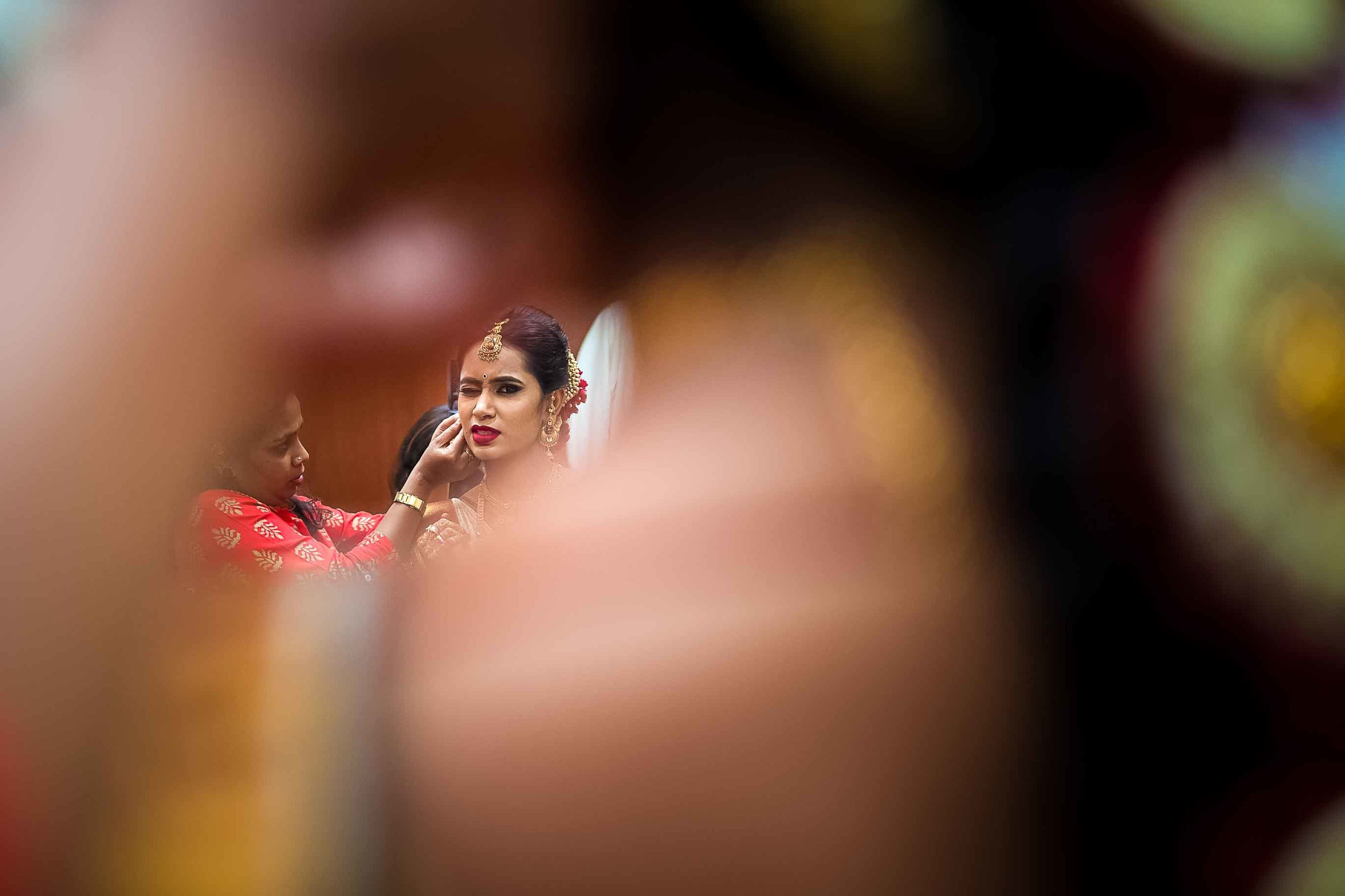 Pixel-Chronicles-Deepti-Nithun-Candid-Wedding-Photography-South-Indian-Wedding-Story-Bride-Getting-Ready-59.jpg