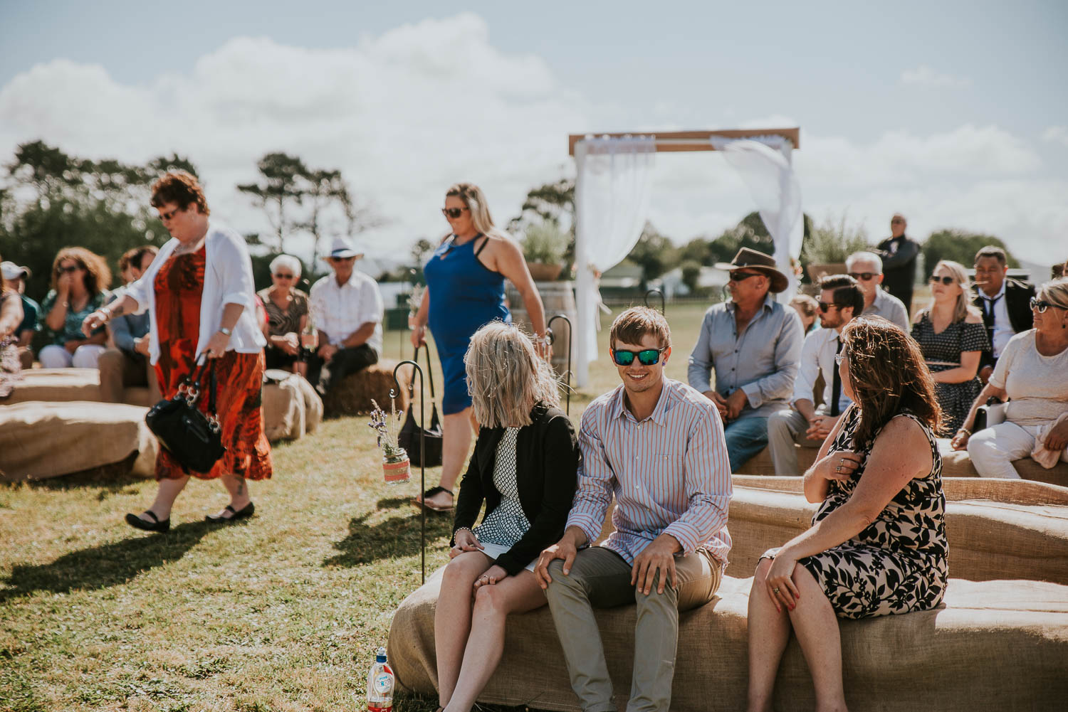 james-melinda-auckland-rustic-farm-wedding-24