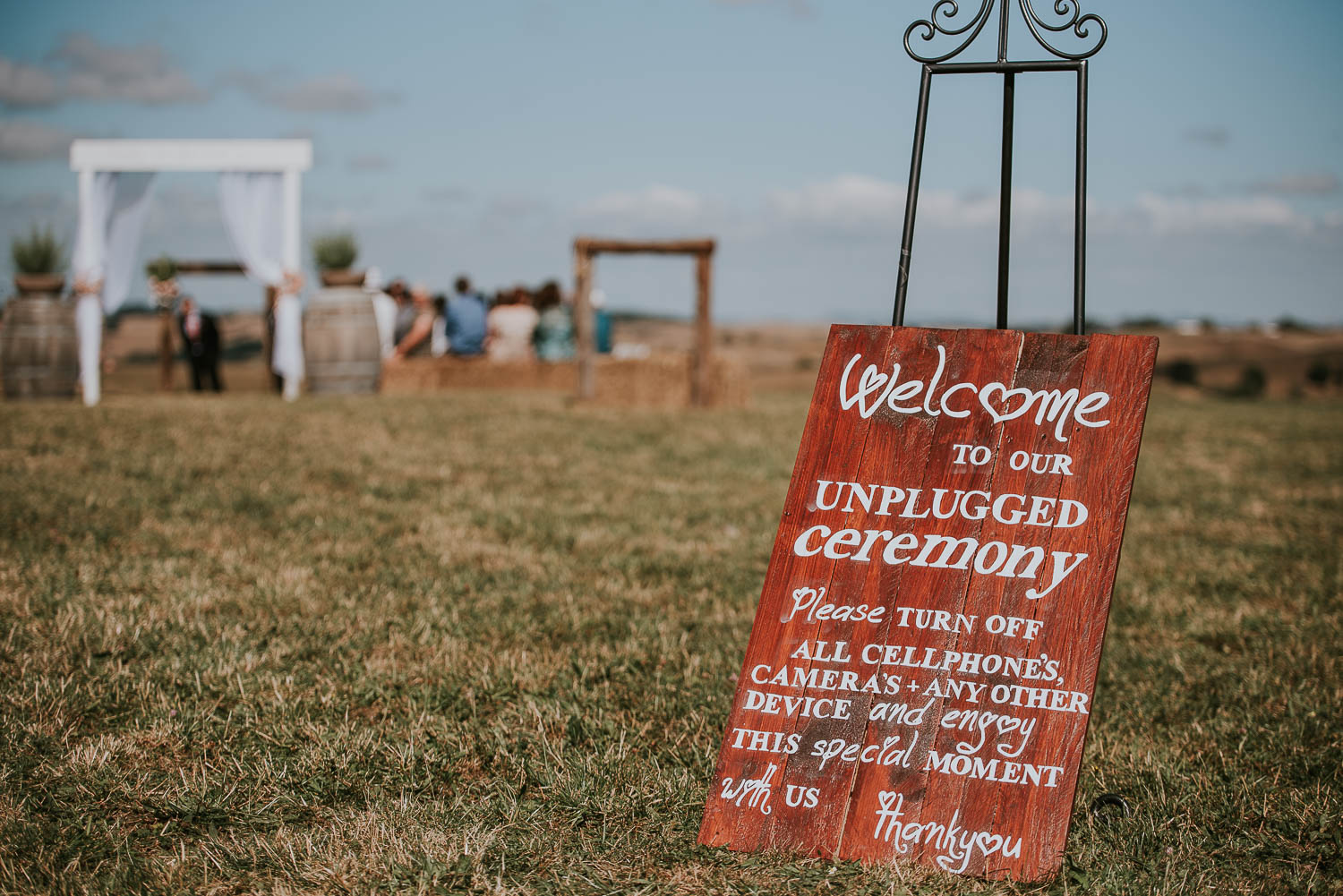 james-melinda-auckland-rustic-farm-wedding-25