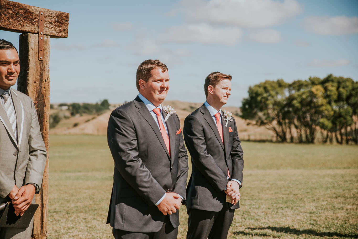 james-melinda-auckland-rustic-farm-wedding-28