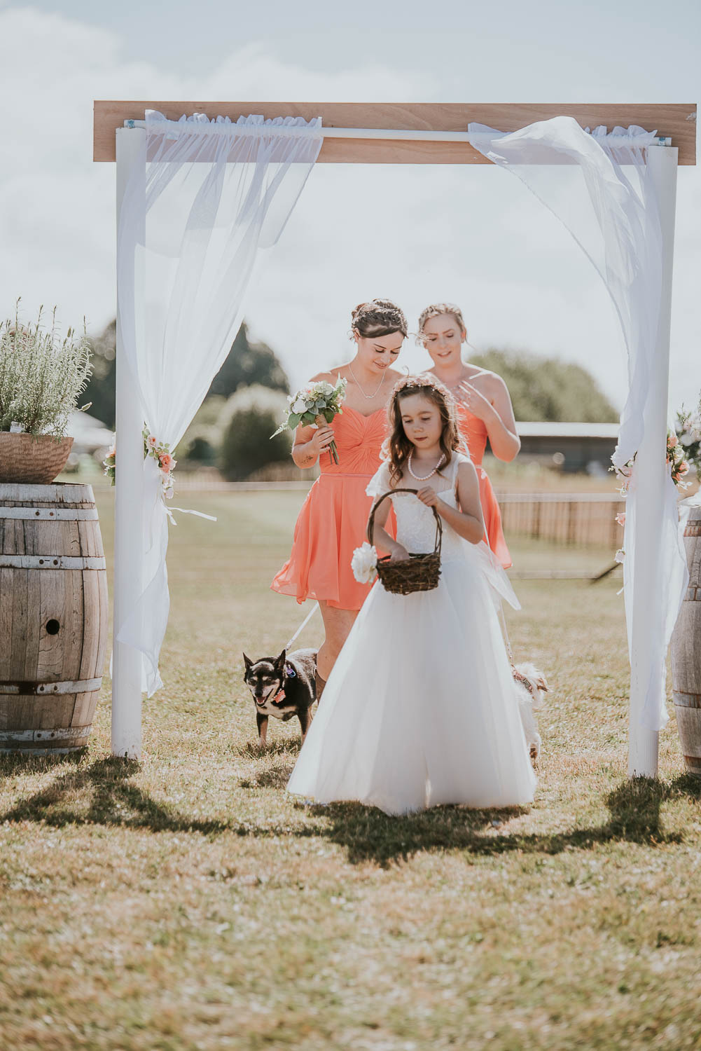 james-melinda-auckland-rustic-farm-wedding-29