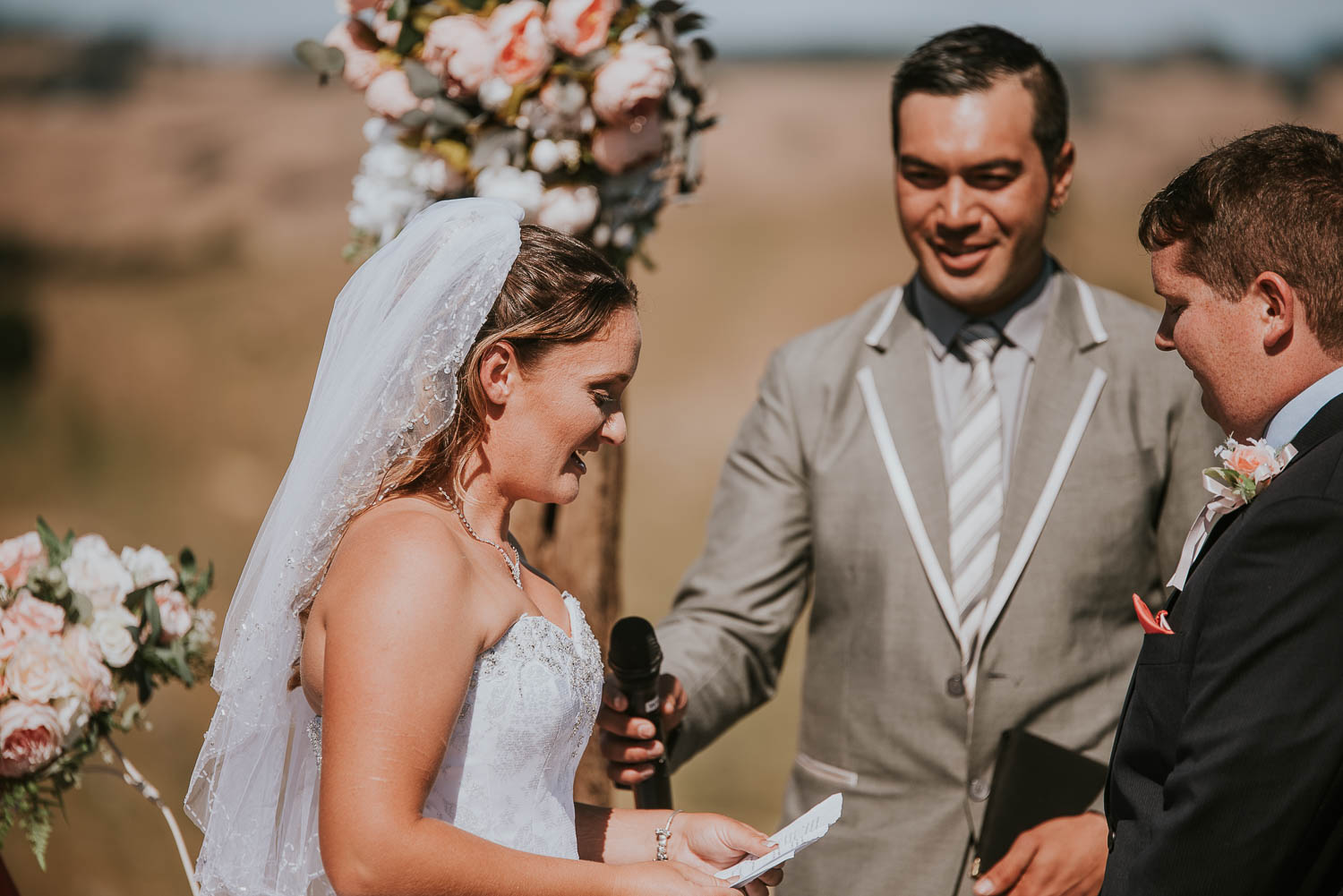 james-melinda-auckland-rustic-farm-wedding-37