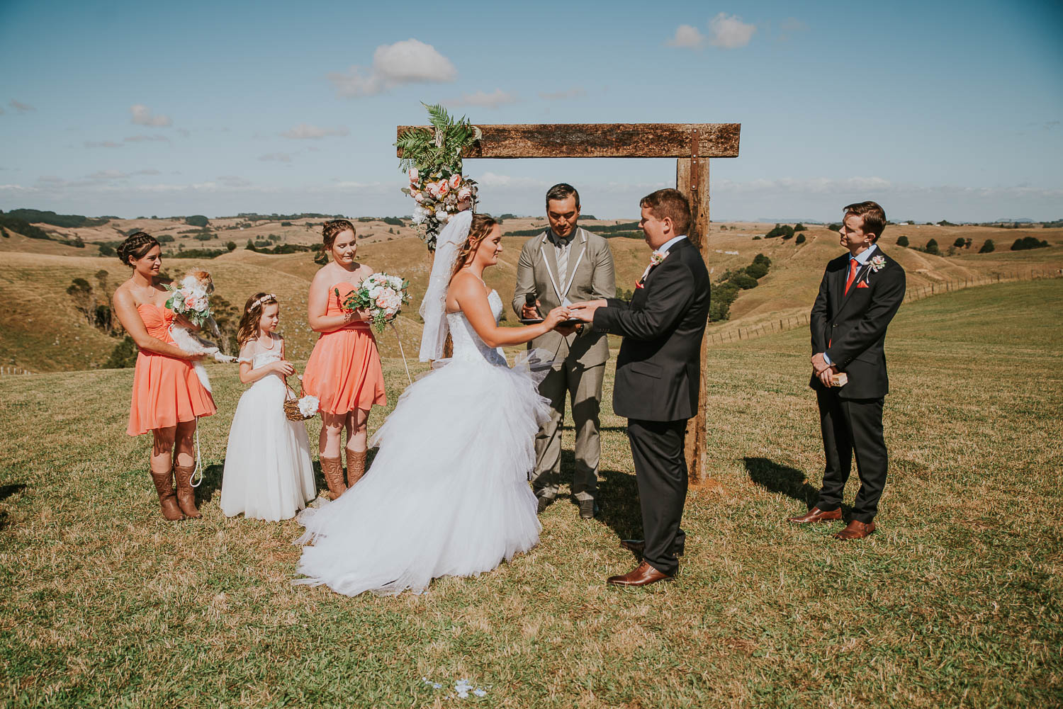james-melinda-auckland-rustic-farm-wedding-39
