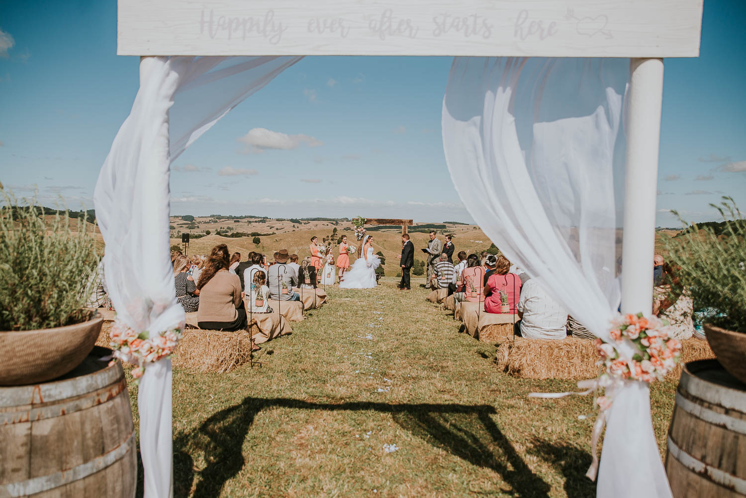 james-melinda-auckland-rustic-farm-wedding-42