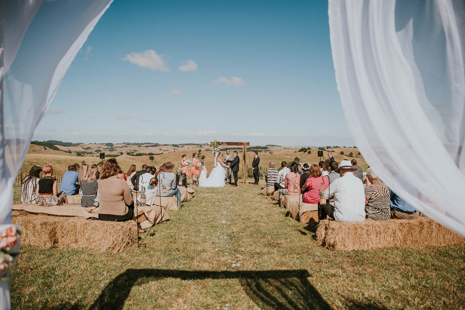 james-melinda-auckland-rustic-farm-wedding-47
