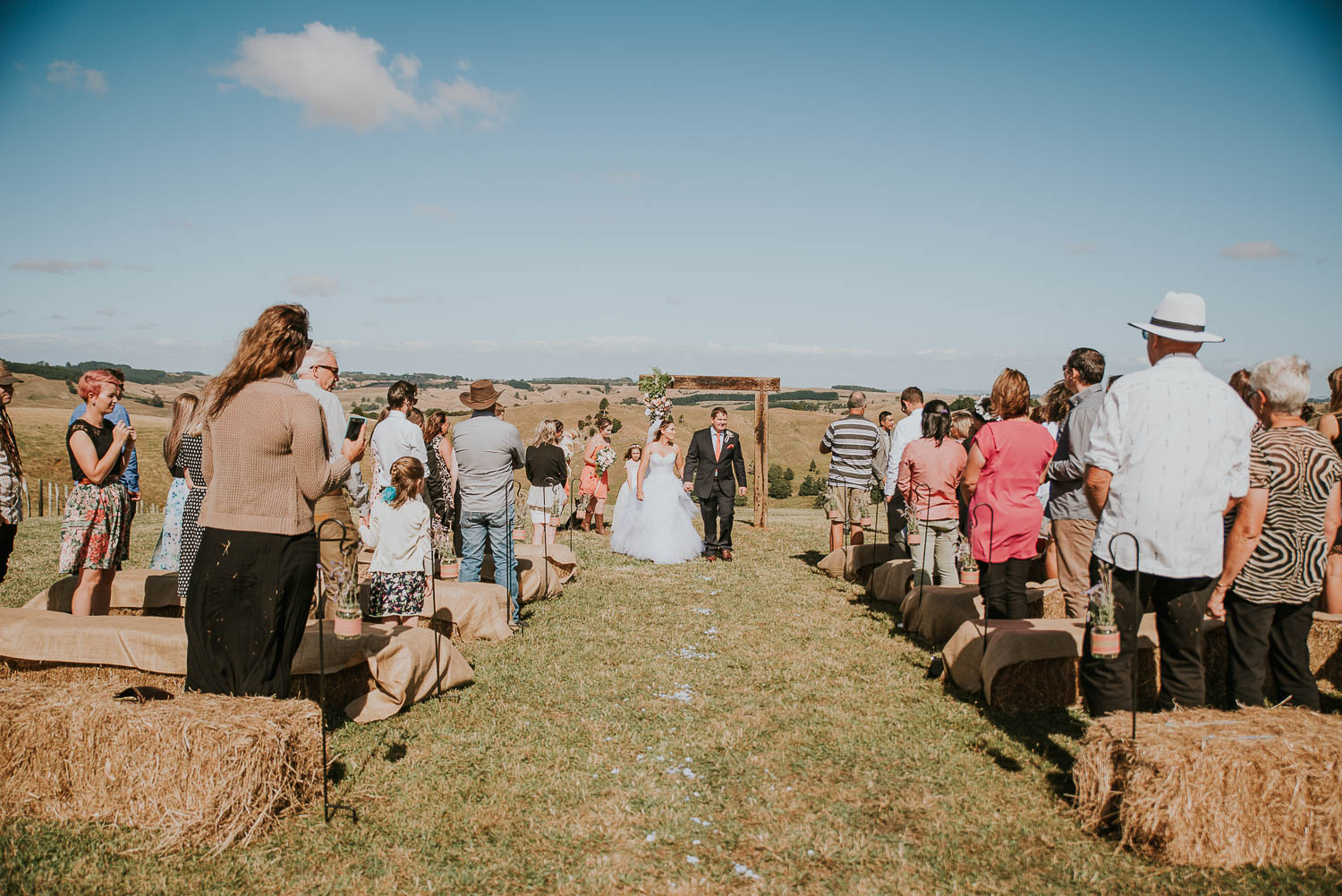 james-melinda-auckland-rustic-farm-wedding-49