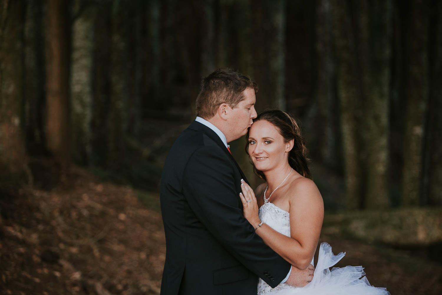 james-melinda-auckland-rustic-farm-wedding-61