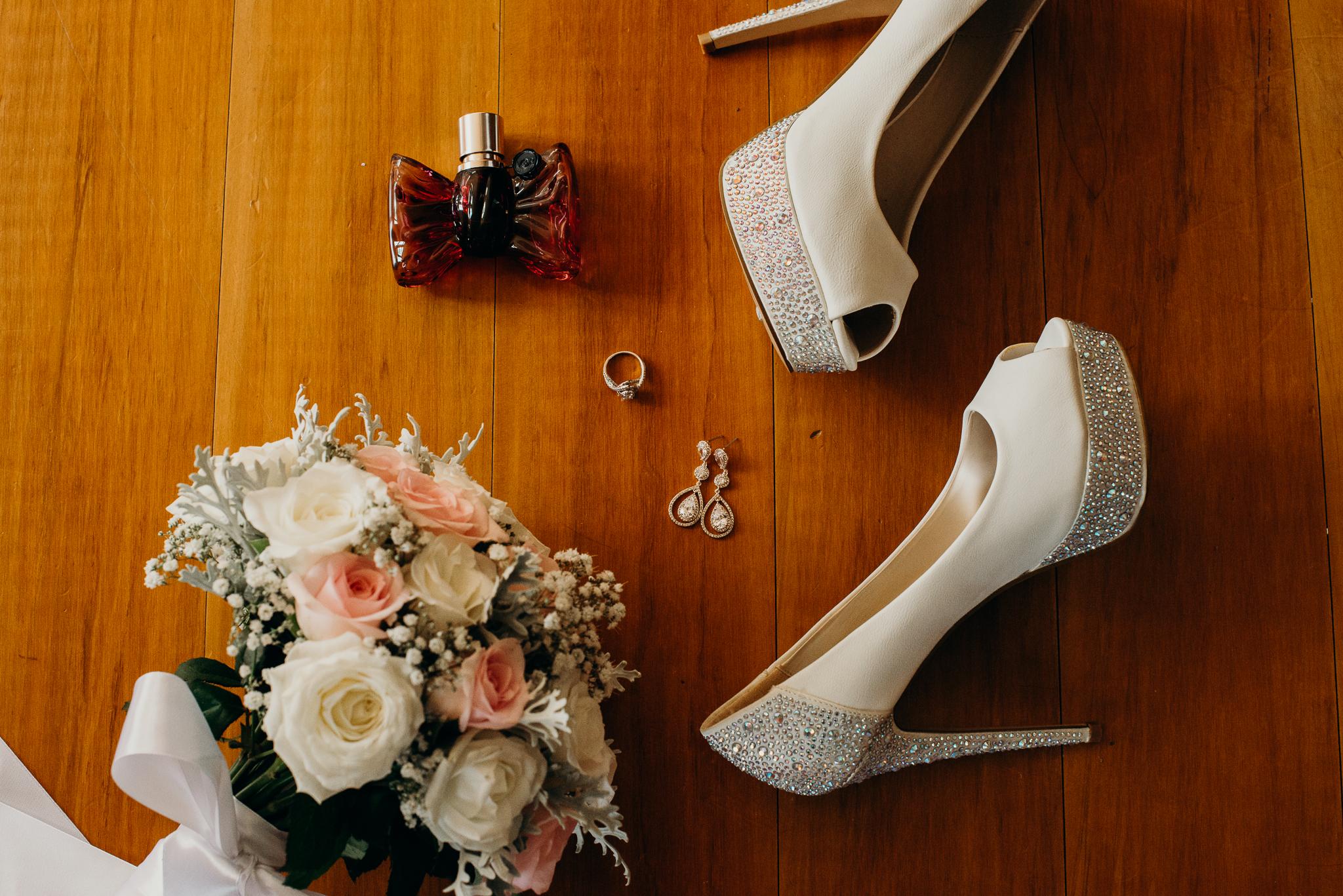 Tauranga-Coromandel-Elegant-Wedding-Photographer-Charlemagne-Lodge-14.jpg