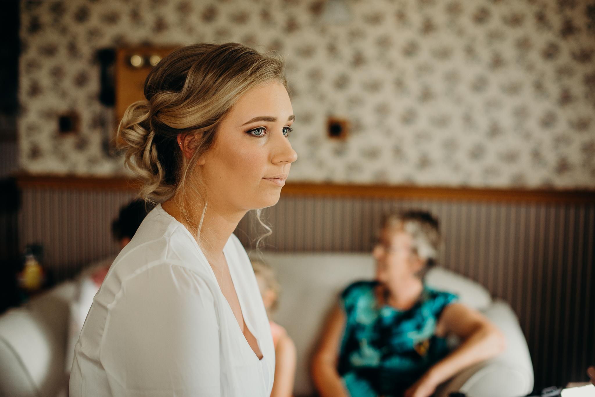 Tauranga-Coromandel-Elegant-Wedding-Photographer-Charlemagne-Lodge-17.jpg