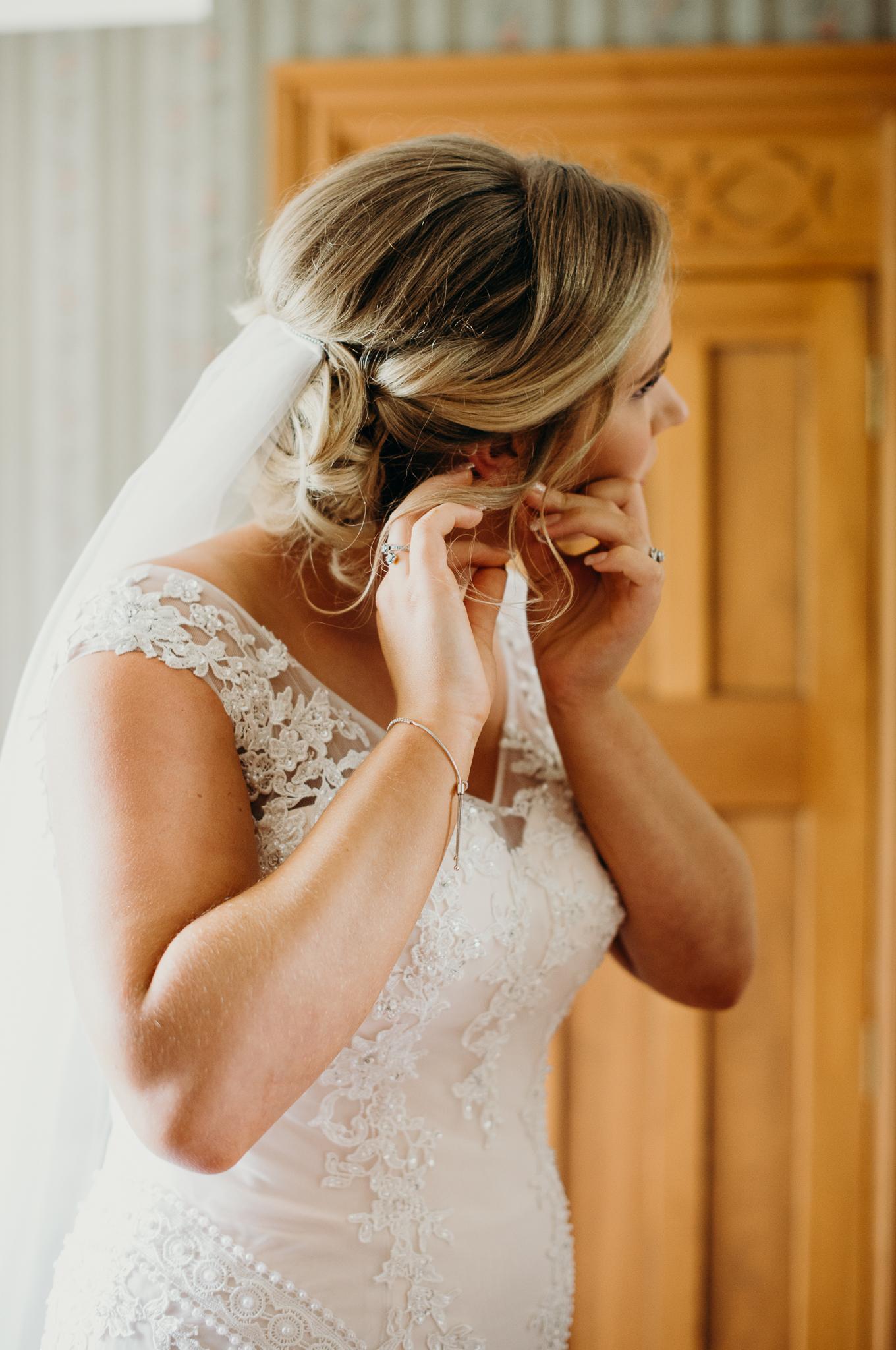 Tauranga-Coromandel-Elegant-Wedding-Photographer-Charlemagne-Lodge-39.jpg