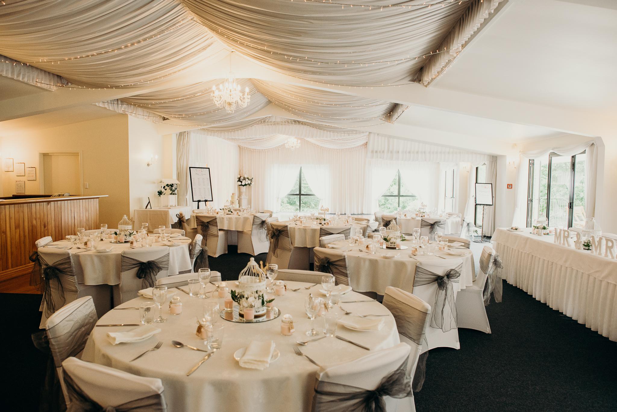 Tauranga-Coromandel-Elegant-Wedding-Photographer-Charlemagne-Lodge-103.jpg