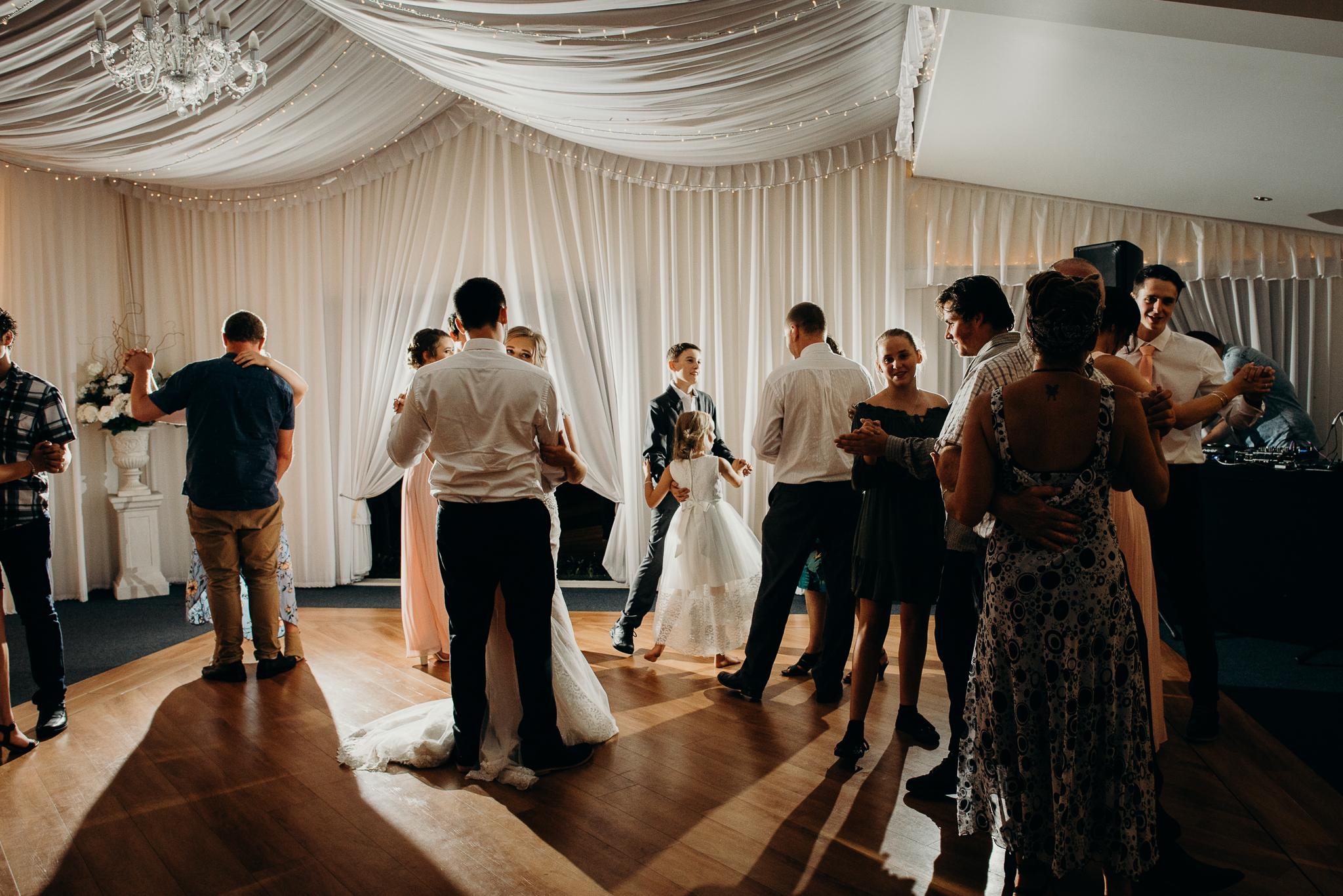 Tauranga-Coromandel-Elegant-Wedding-Photographer-Charlemagne-Lodge-119.jpg