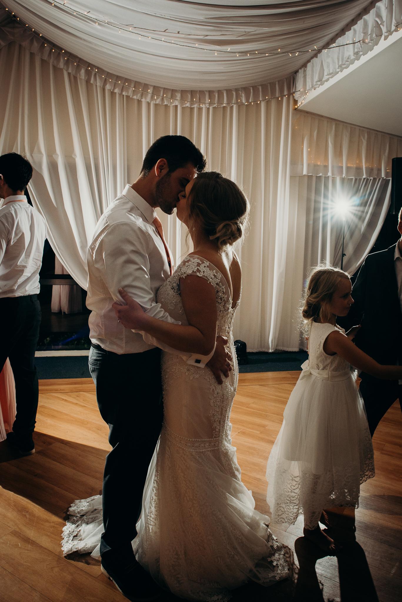 Tauranga-Coromandel-Elegant-Wedding-Photographer-Charlemagne-Lodge-117.jpg