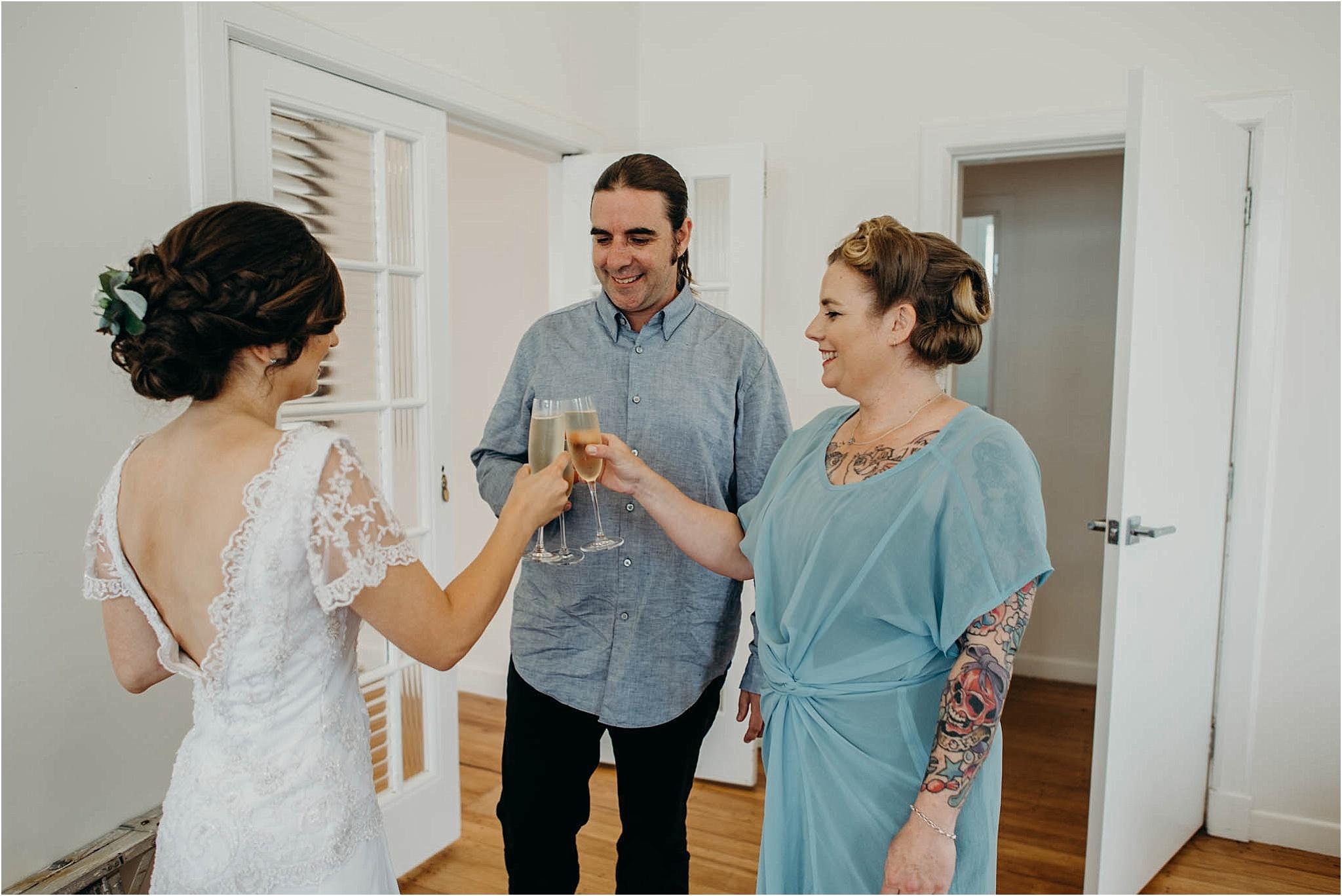 Auckland-Wedding-Photographer-Vanessa-Julian-Officers-Mess-Married_0016.jpg
