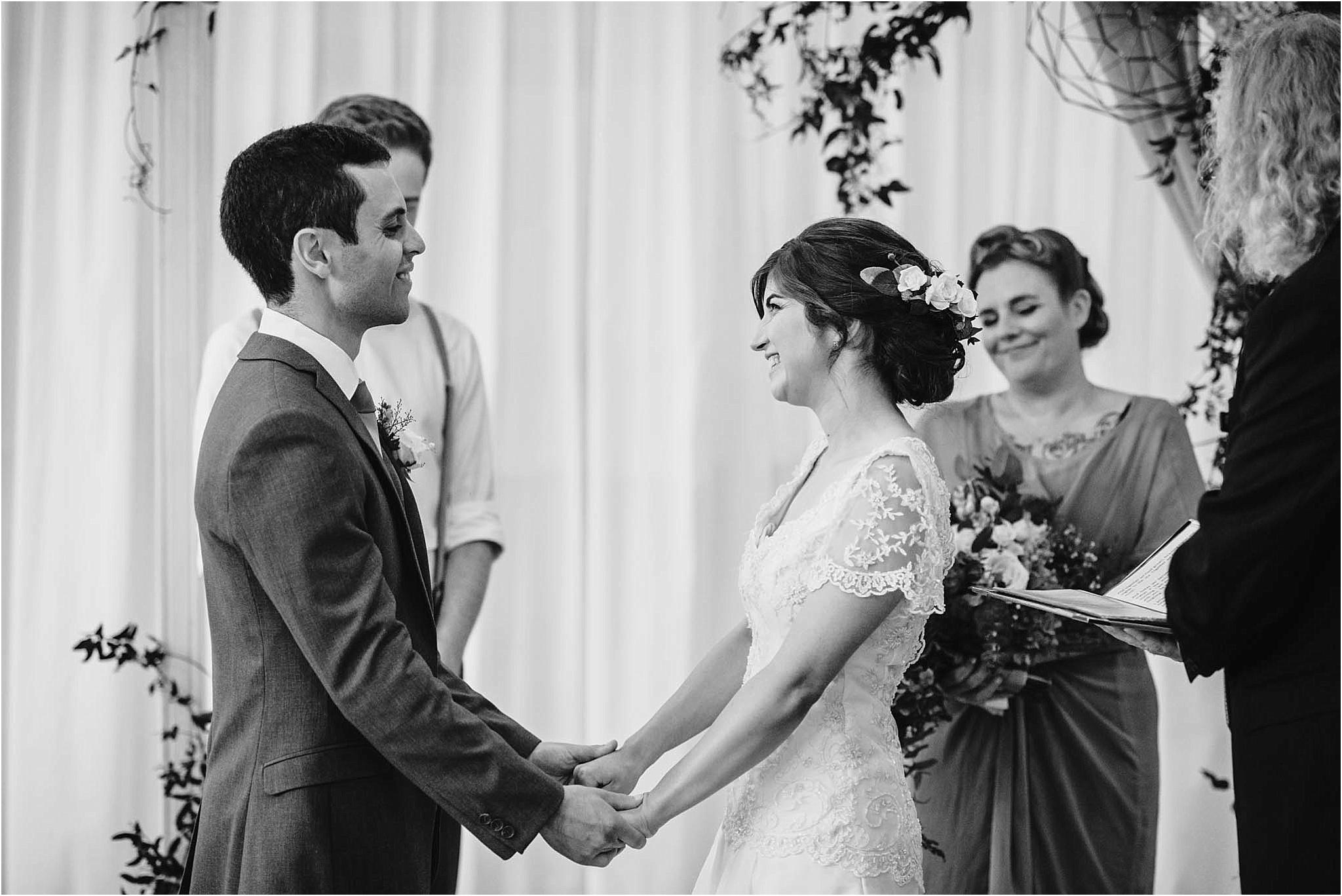 Auckland-Wedding-Photographer-Vanessa-Julian-Officers-Mess-Married_0025.jpg