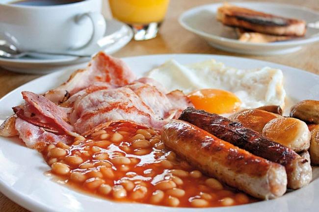 club-fleurieu-english-breakfast.jpg