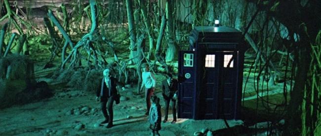 Dr Who & The Daleks (1).jpg