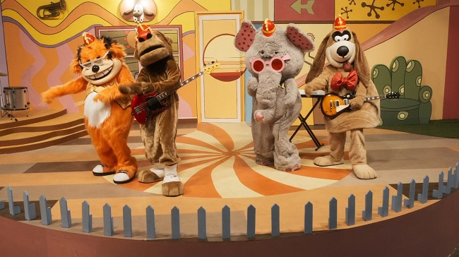 The Banana Splits Movie.mkv_snapshot_00.00.30.989.jpg