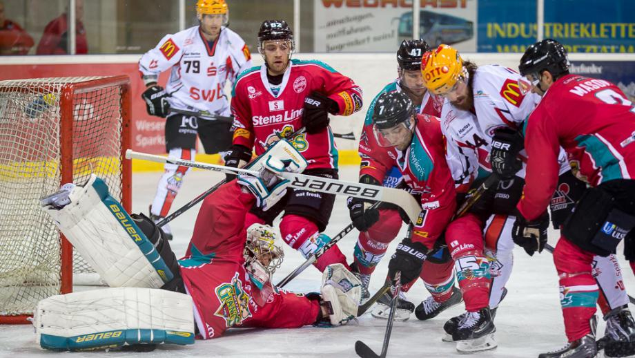 Photo from the last time these two teams met in the 2014 Continental Cup.