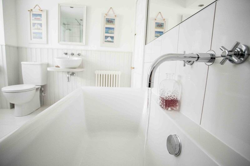 Jubilee bathroom.jpg