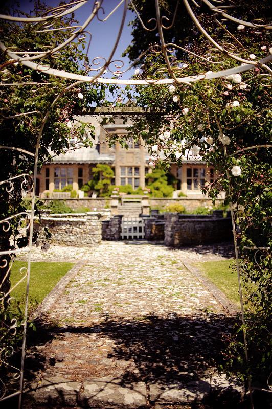Italian Garden Pickwell Manor.jpg