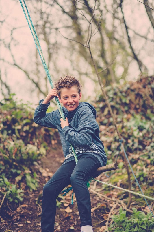 RopeSwing_styledkidsshoot_pickwellmanor_march2014_©petecoxphotography.co.uk-002.jpg